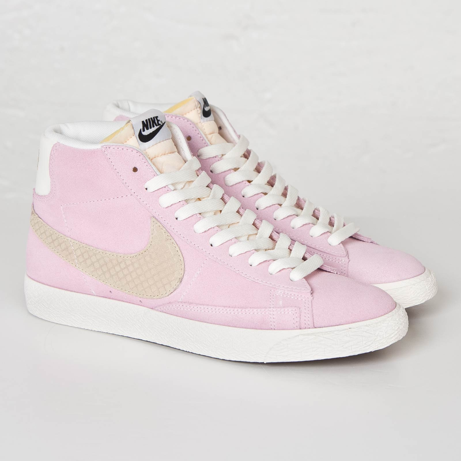 Nike Blazer Mid Mid Mid Premium Vintage Qs 638322 601 Chaussuressnstuff 022e5d