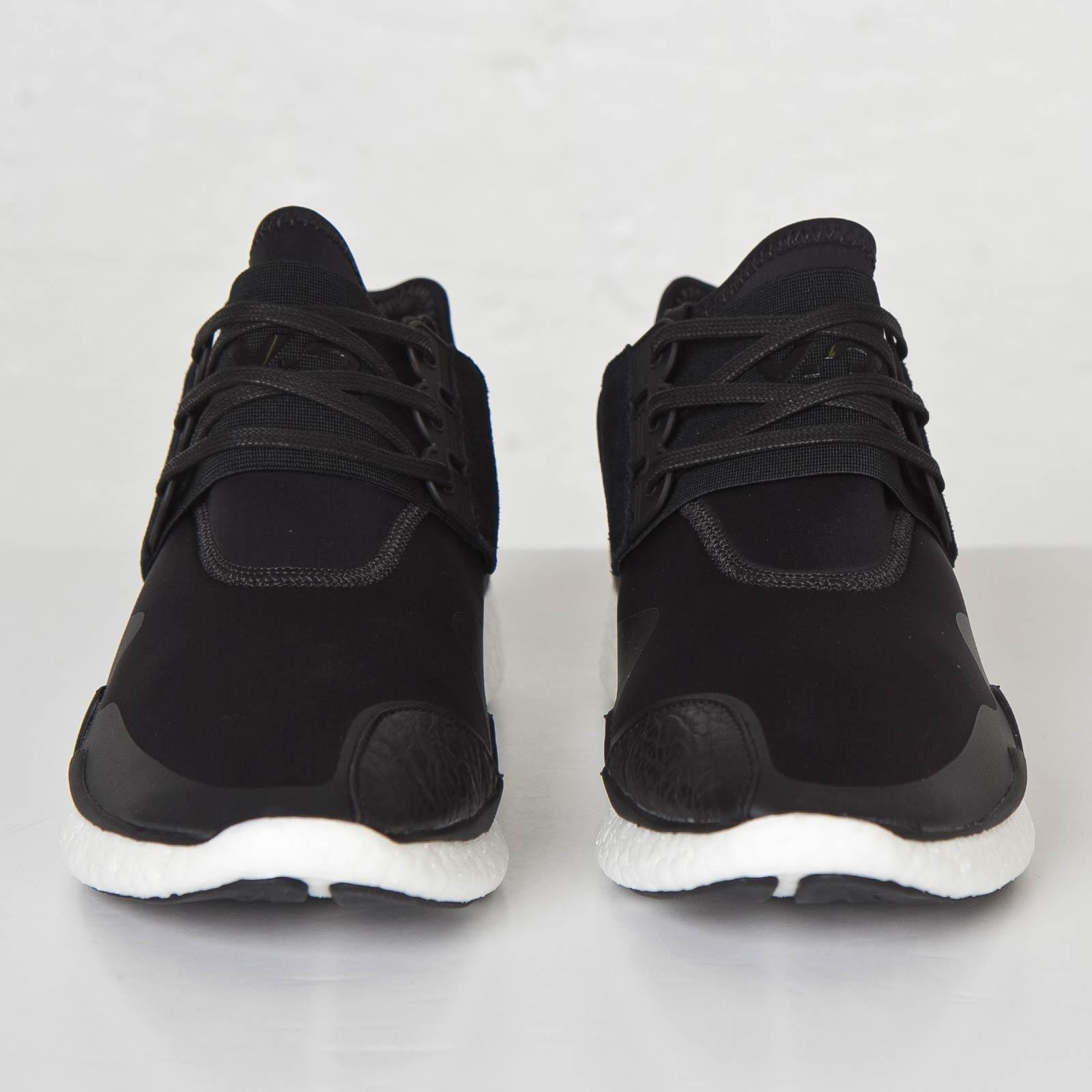 reputable site 29a22 ca7f0 adidas Y-3 Retro Boost - S83256 - Sneakersnstuff   sneakers   streetwear  online since 1999