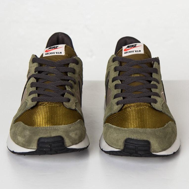 Feudal Escuela de posgrado frío  Nike Archive 83 M - 747245-200 - Sneakersnstuff | sneakers & streetwear  online since 1999