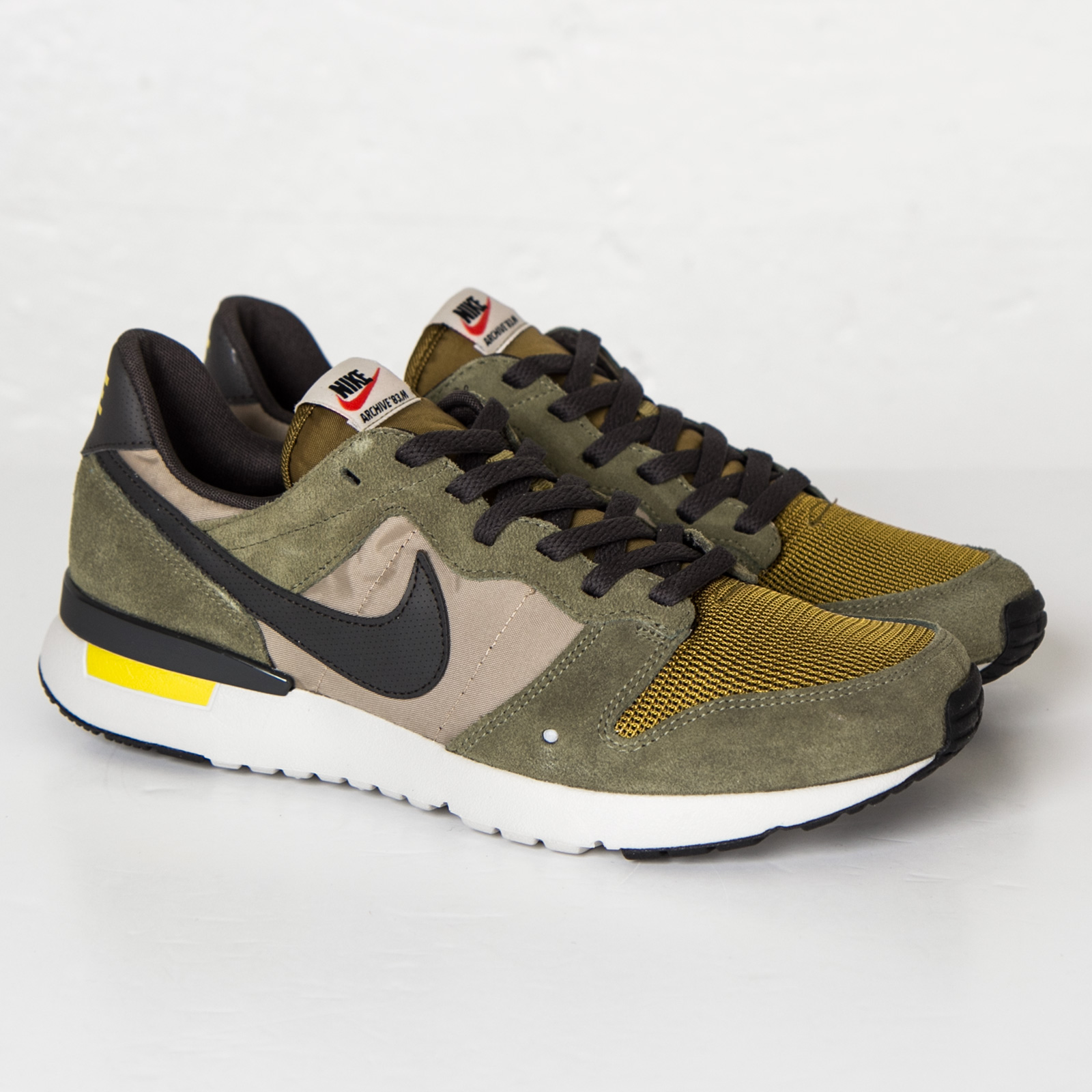 low priced a9f87 a18c5 Nike Archive 83 M