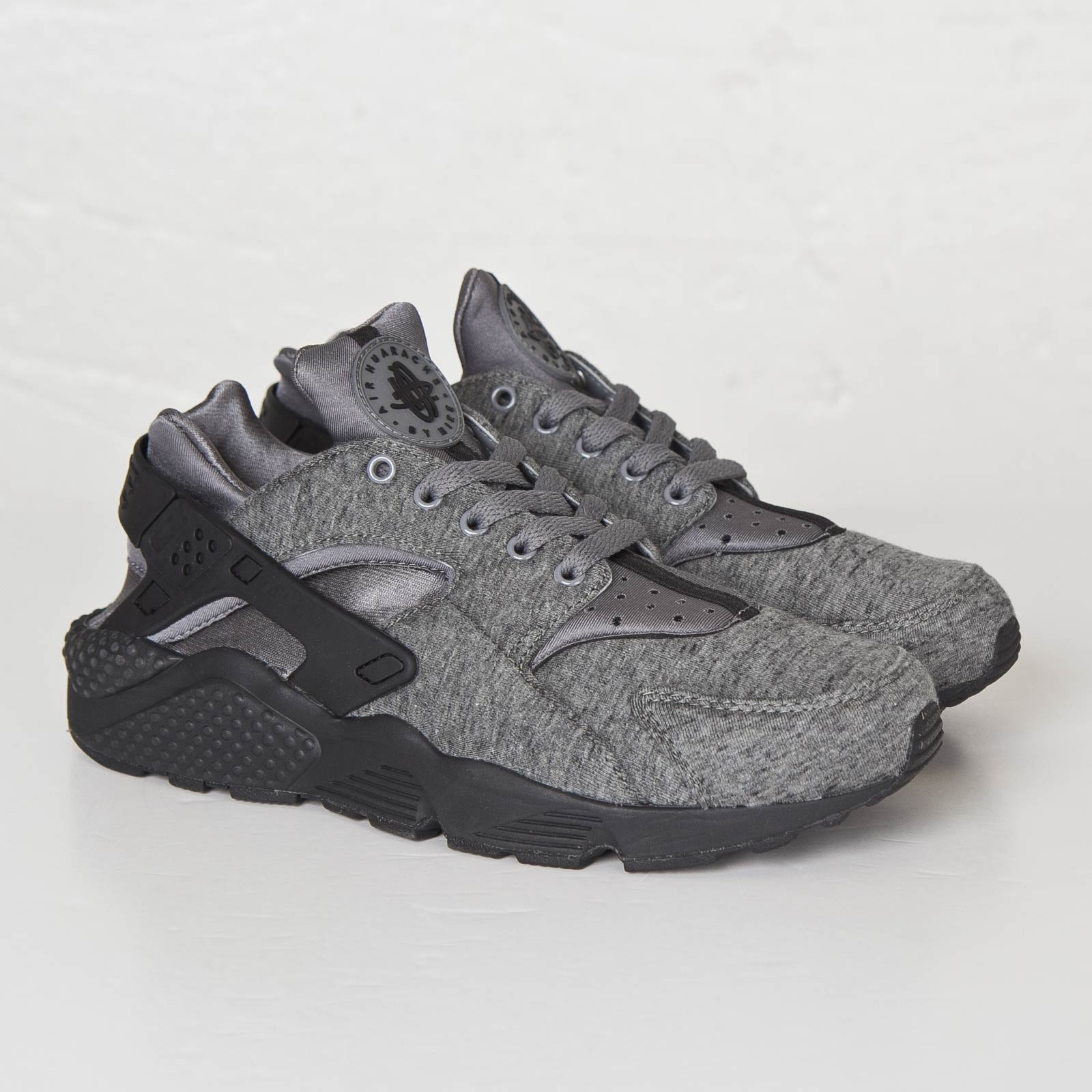 reputable site ac0af 6b730 Nike Air Huarache Run Fleece