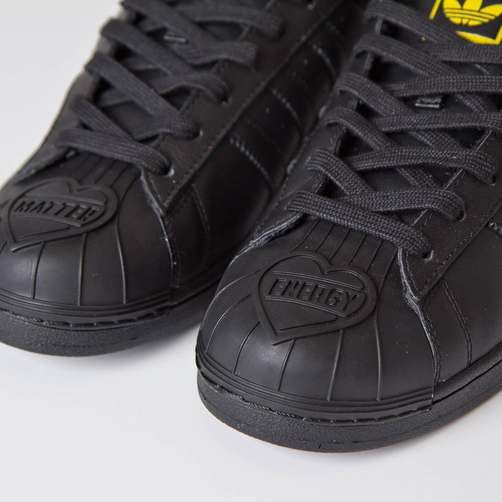 0d7155d2b adidas Superstar Pharrell Supershell - S83345 - Sneakersnstuff ...