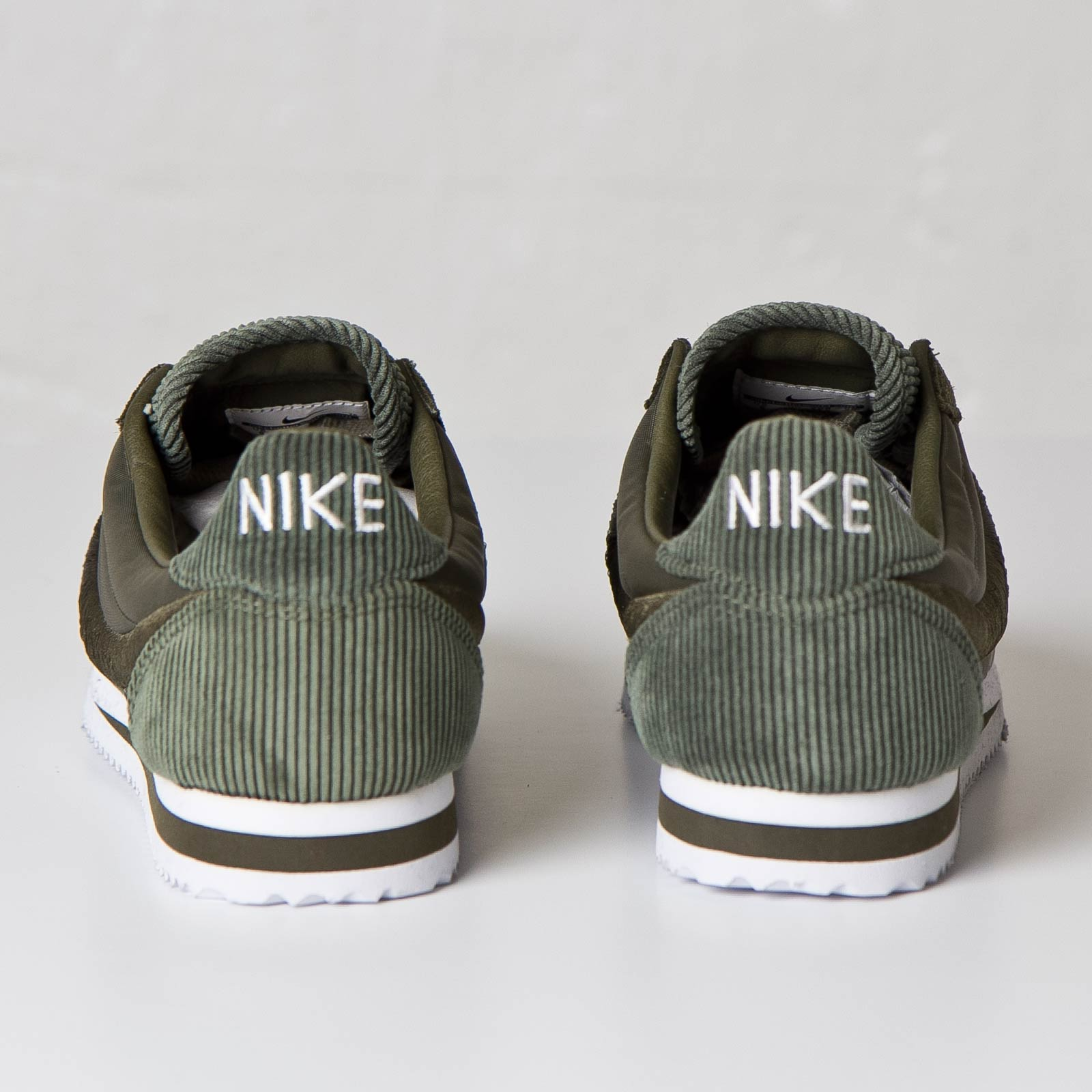 cheap for discount 496c9 44ab9 Nike Classic Cortez SP - 789594-221 - Sneakersnstuff   sneakers    streetwear online since 1999