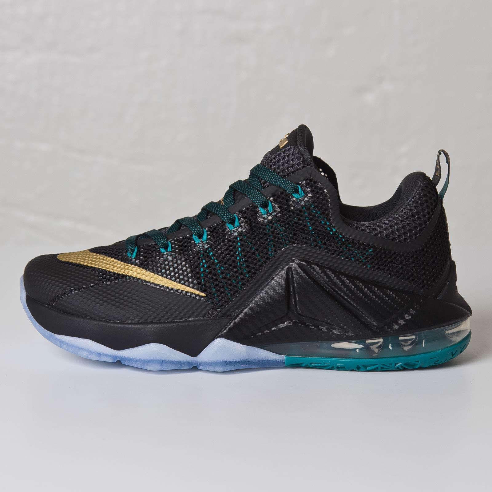best sneakers 79204 1a623 Nike Lebron XII Low - 724557-070 - Sneakersnstuff   sneakers   streetwear  online since 1999