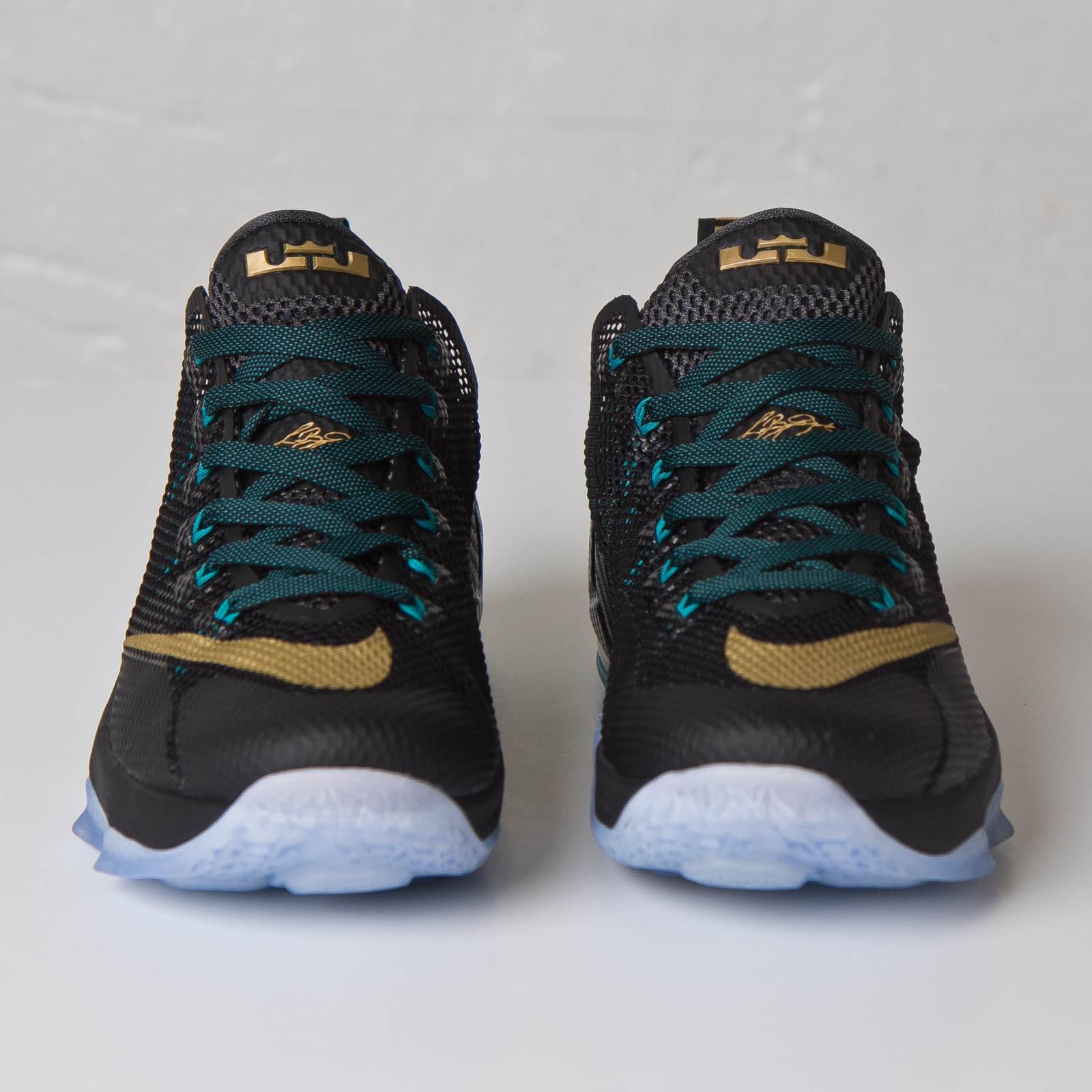 102ad8558c335 Nike Lebron XII Low - 724557-070 - Sneakersnstuff