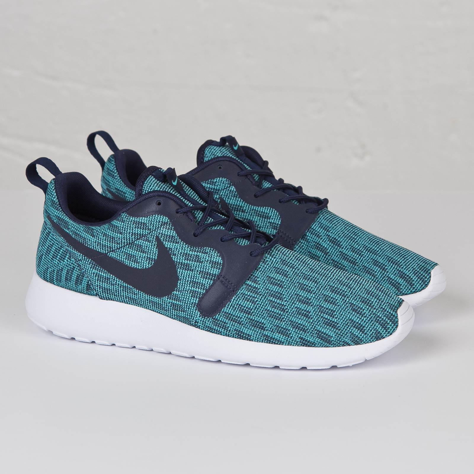 5da84d3a79eb Nike Roshe One Knit Jacquard - 777429-400 - Sneakersnstuff ...