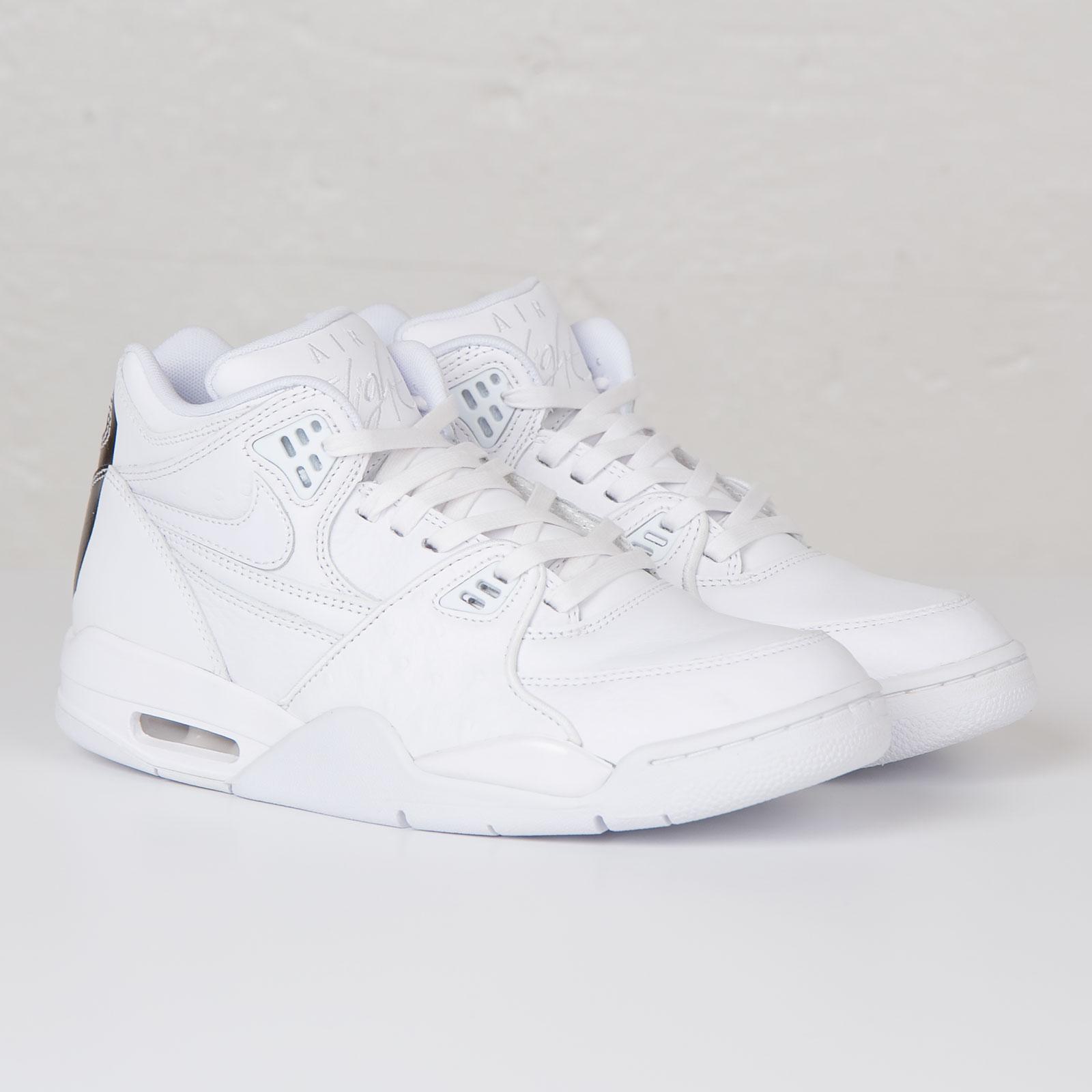 online retailer e1ddc 90af0 Nike Air Flight 89 LE QS