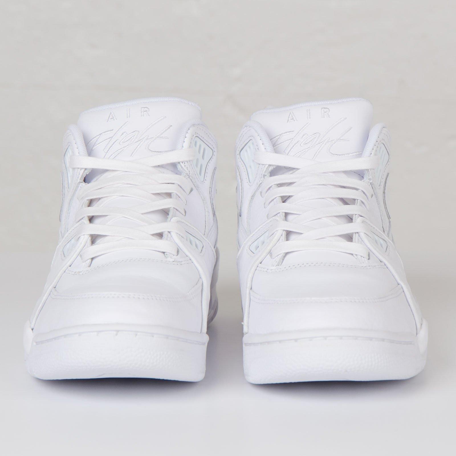 Están familiarizados Dinkarville Año  Nike Air Flight 89 LE QS - 804605-100 - Sneakersnstuff | sneakers &  streetwear online since 1999