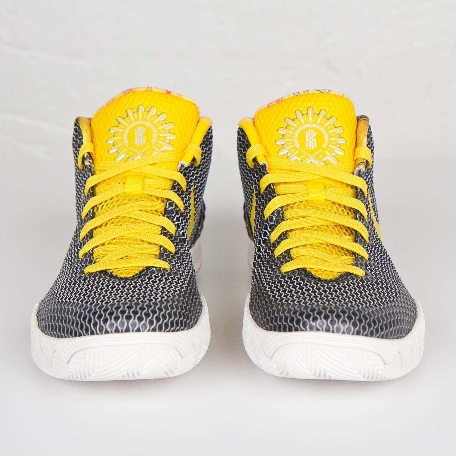 Nike Kyrie 1 Limited - 812559-071