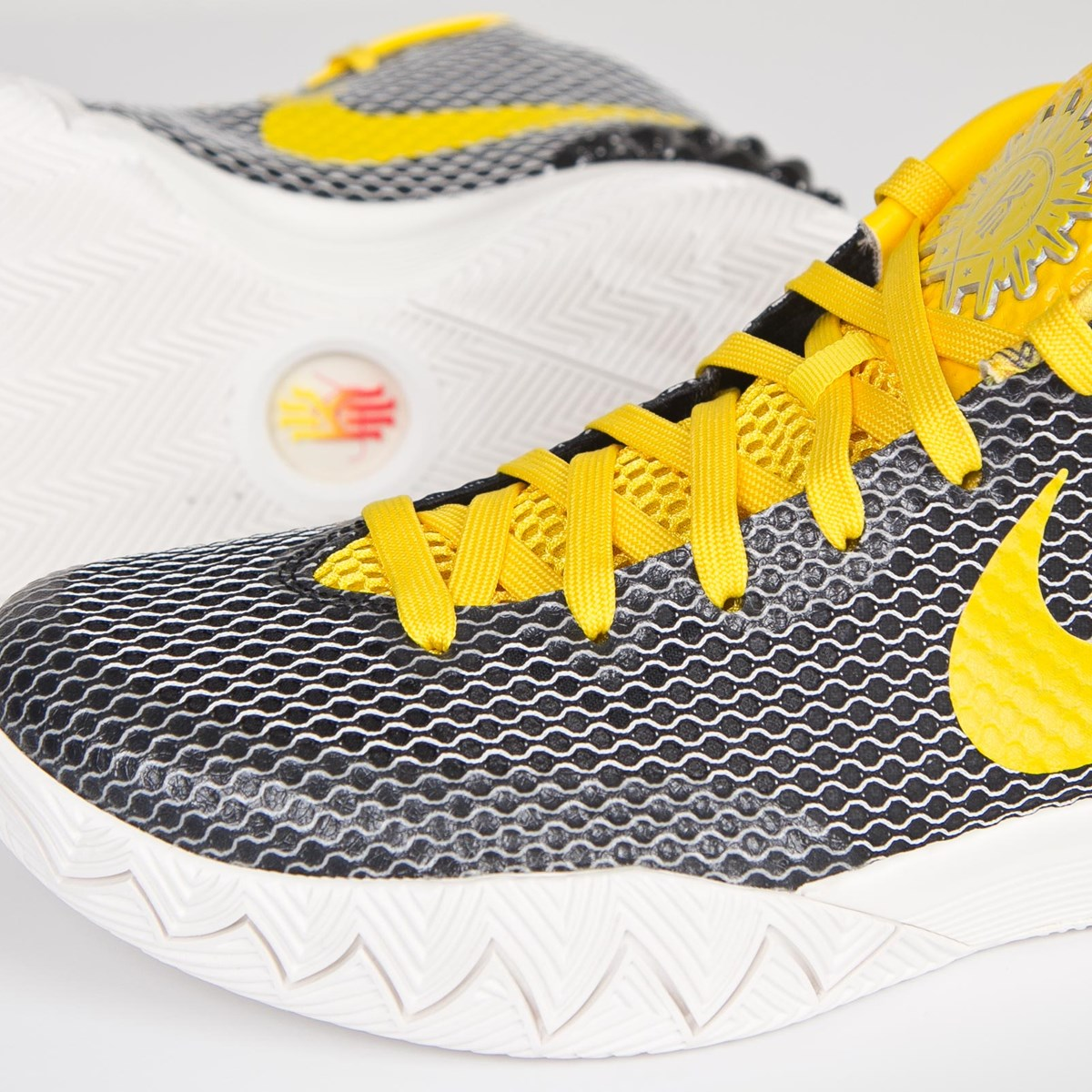 tour yellow kyrie 1 unboxing amp review - HD1200×1200