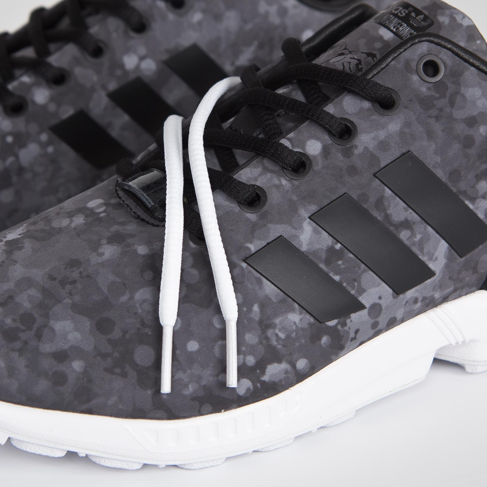4bc9f5579bcd adidas ZX Flux White Mountaineering - Af6228 - Sneakersnstuff ...