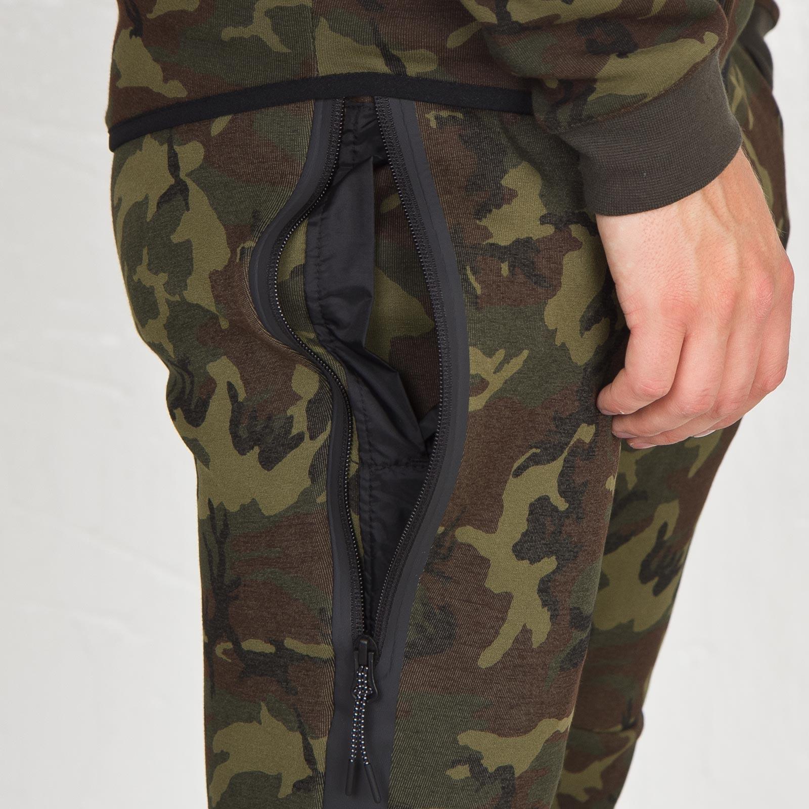 29a06532718c Nike Tech Fleece Pant - Camo - 682852-355 - Sneakersnstuff ...