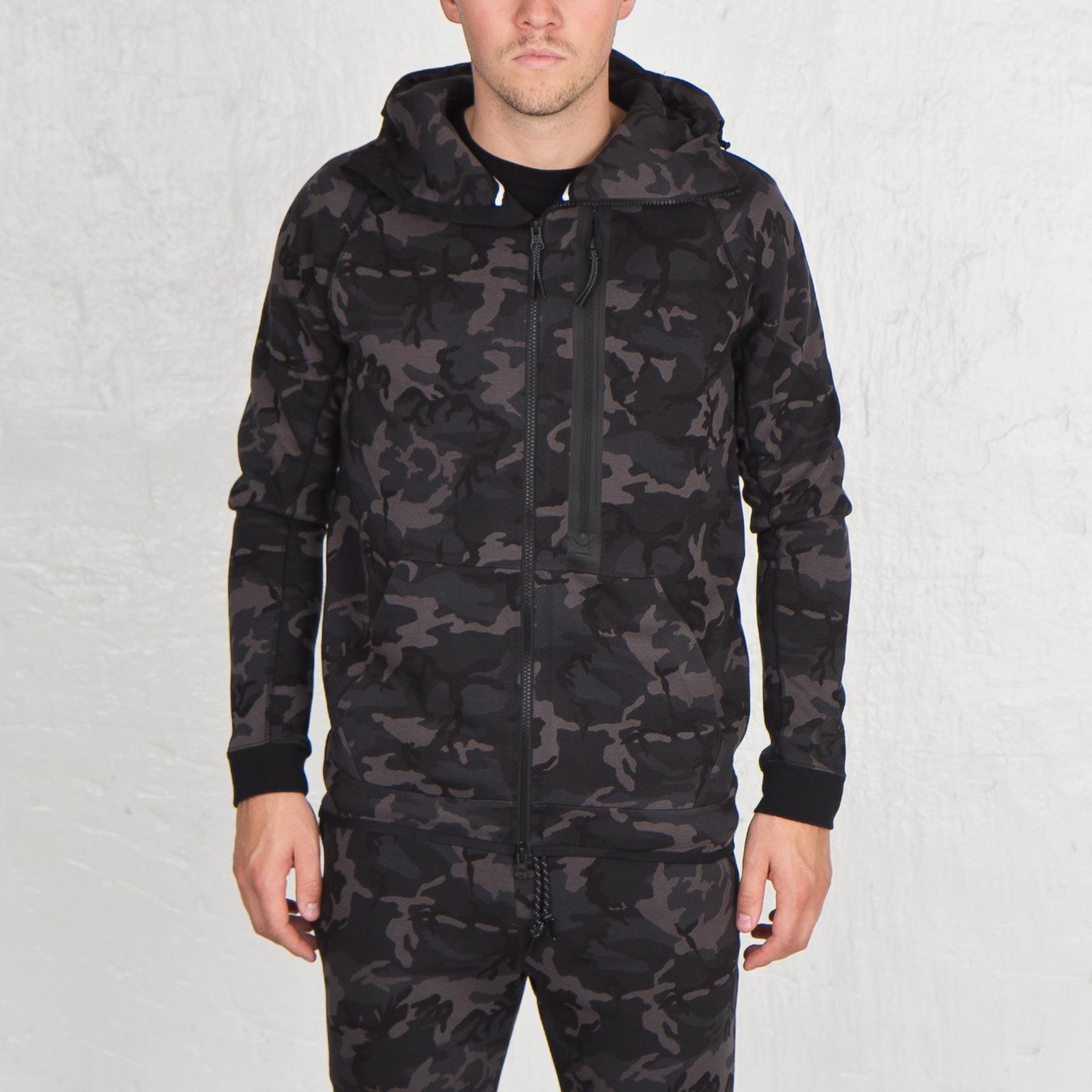 a98dbe261203 Nike Tech Fleece Camo Hoody - 678950-233 - Sneakersnstuff