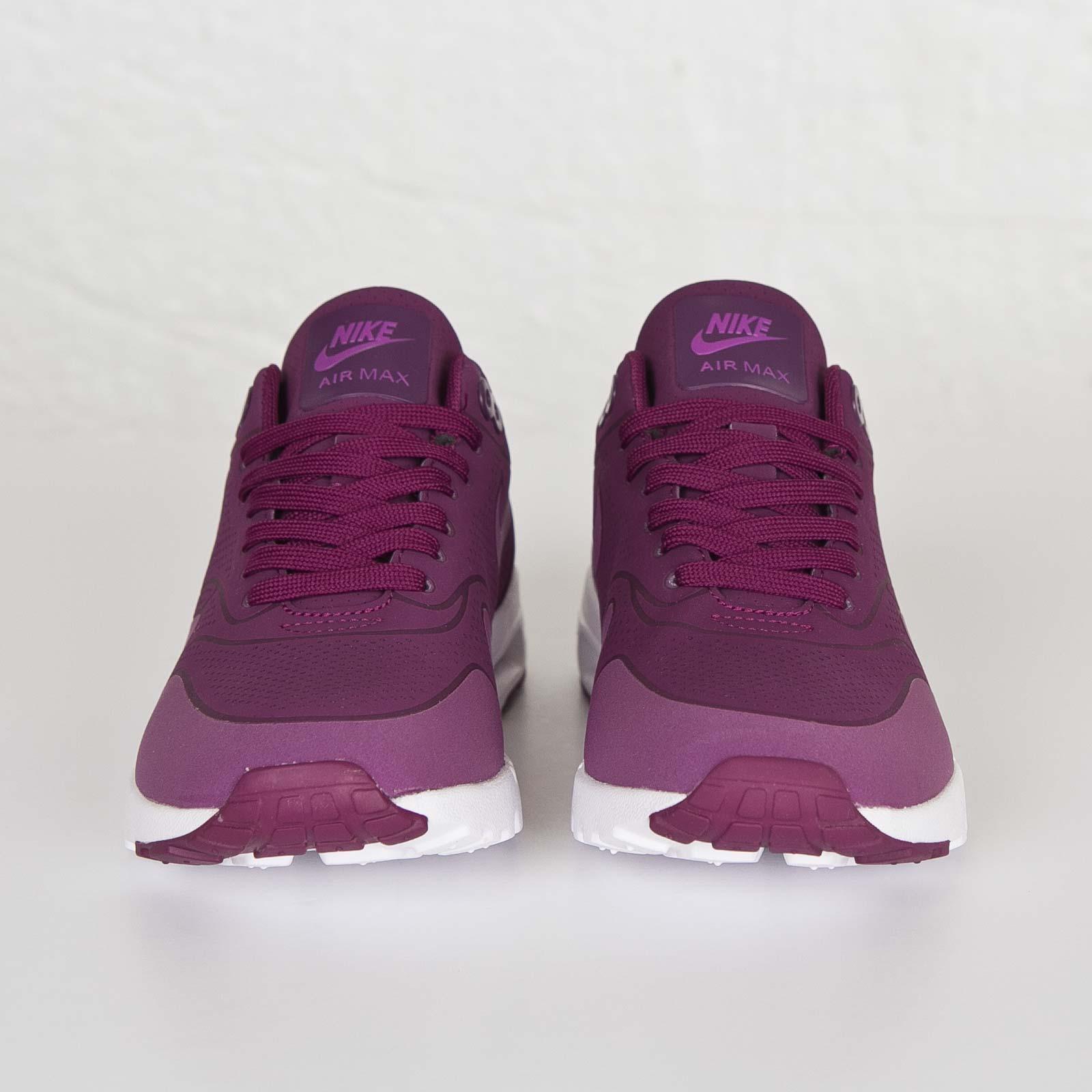 innovative design 077c5 f3bd4 Nike Wmns Air Max 1 Ultra Moire - 704995-500 - Sneakersnstuff   sneakers    streetwear online since 1999