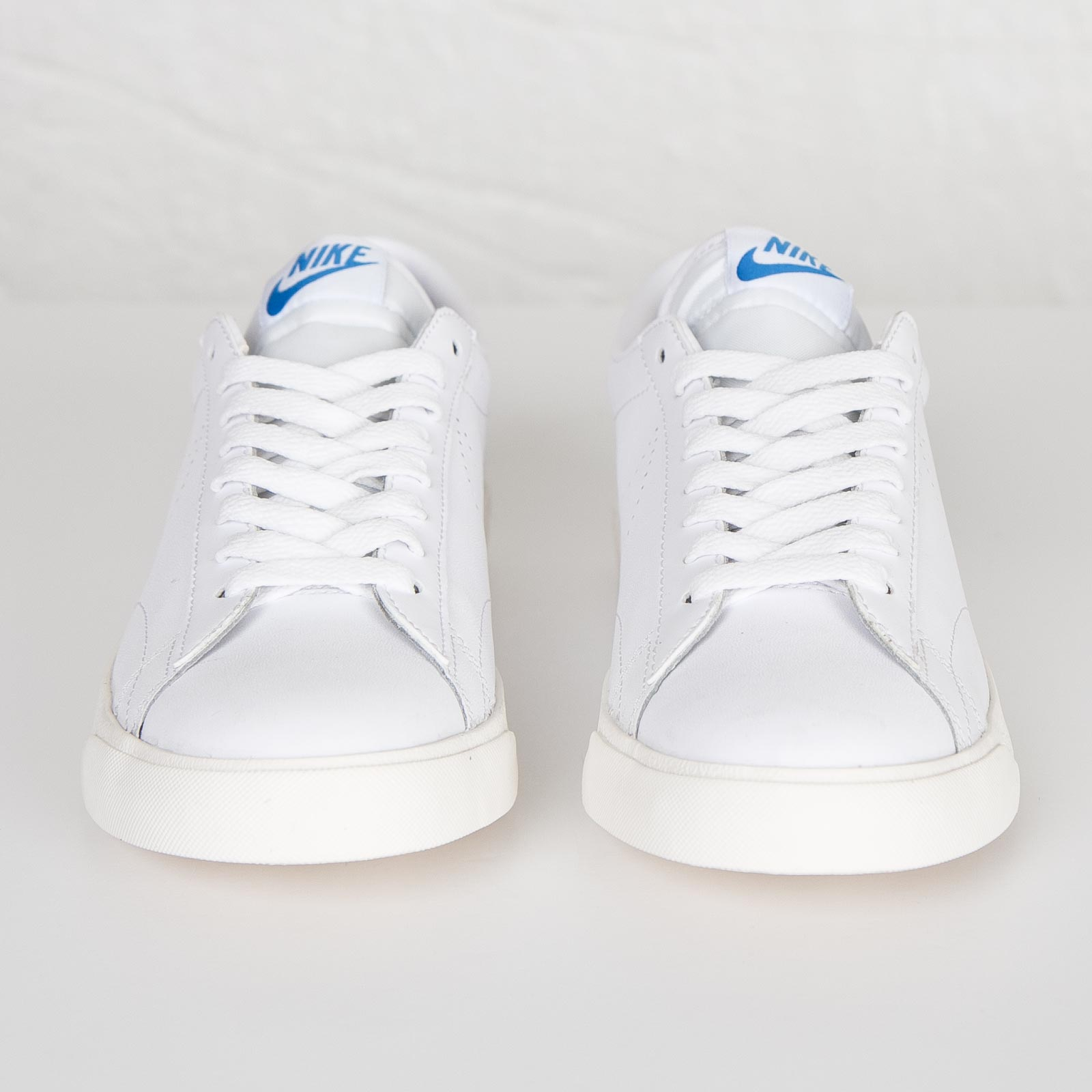 premium selection official photos usa cheap sale Nike Tennis Classic AC - 377812-116 - Sneakersnstuff ...