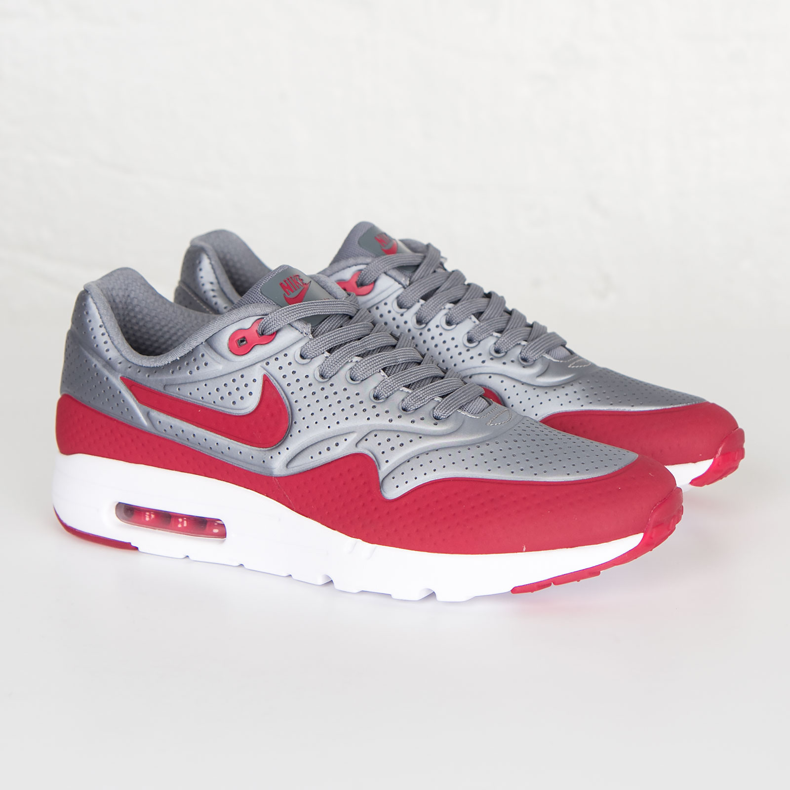 be29ec37f55a1 Nike Air Max 1 Ultra Moire - 705297-006 - Sneakersnstuff
