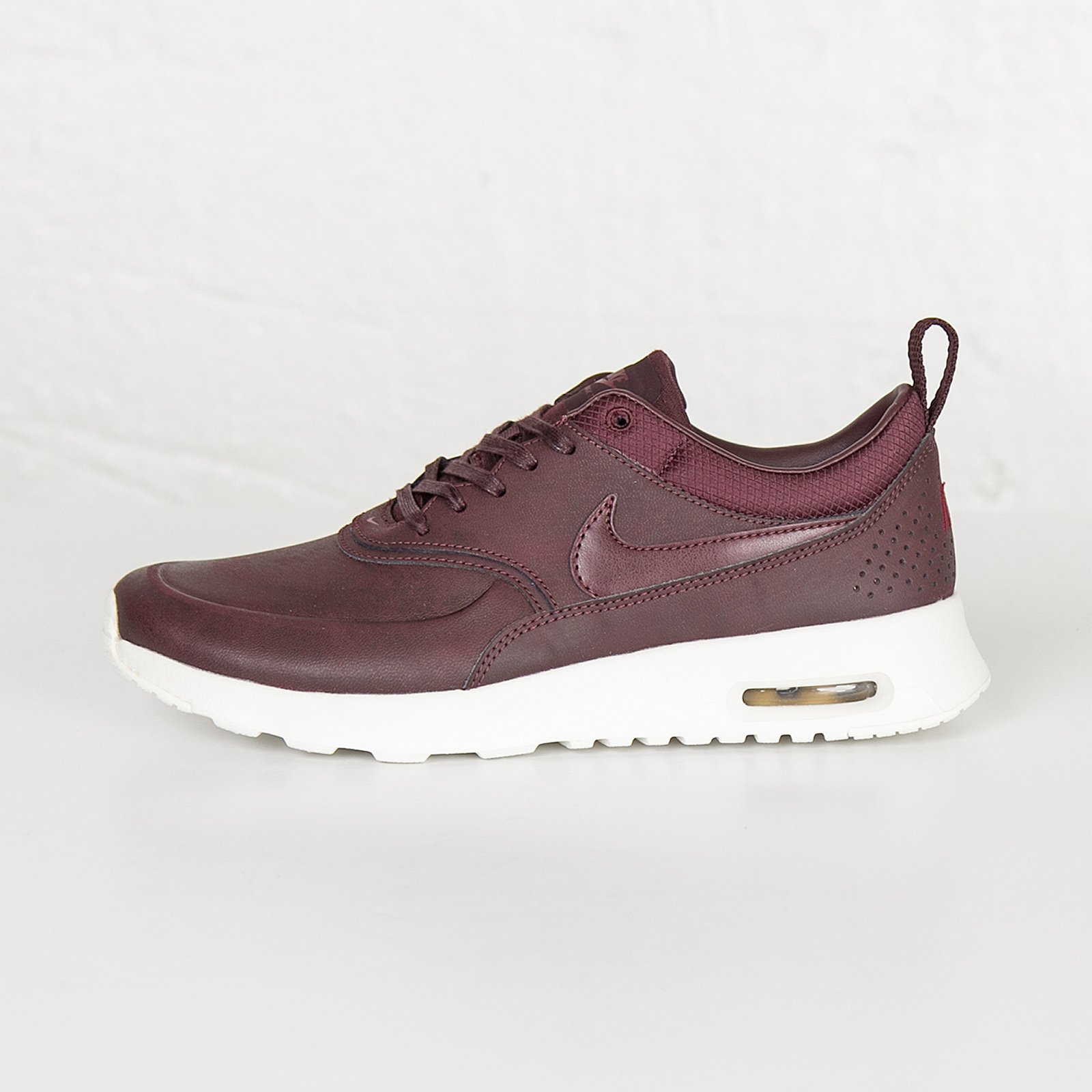 huge selection of 9afc9 1e376 Nike Wmns Air Max Thea Premium - 616723-200 - Sneakersnstuff   sneakers    streetwear online since 1999