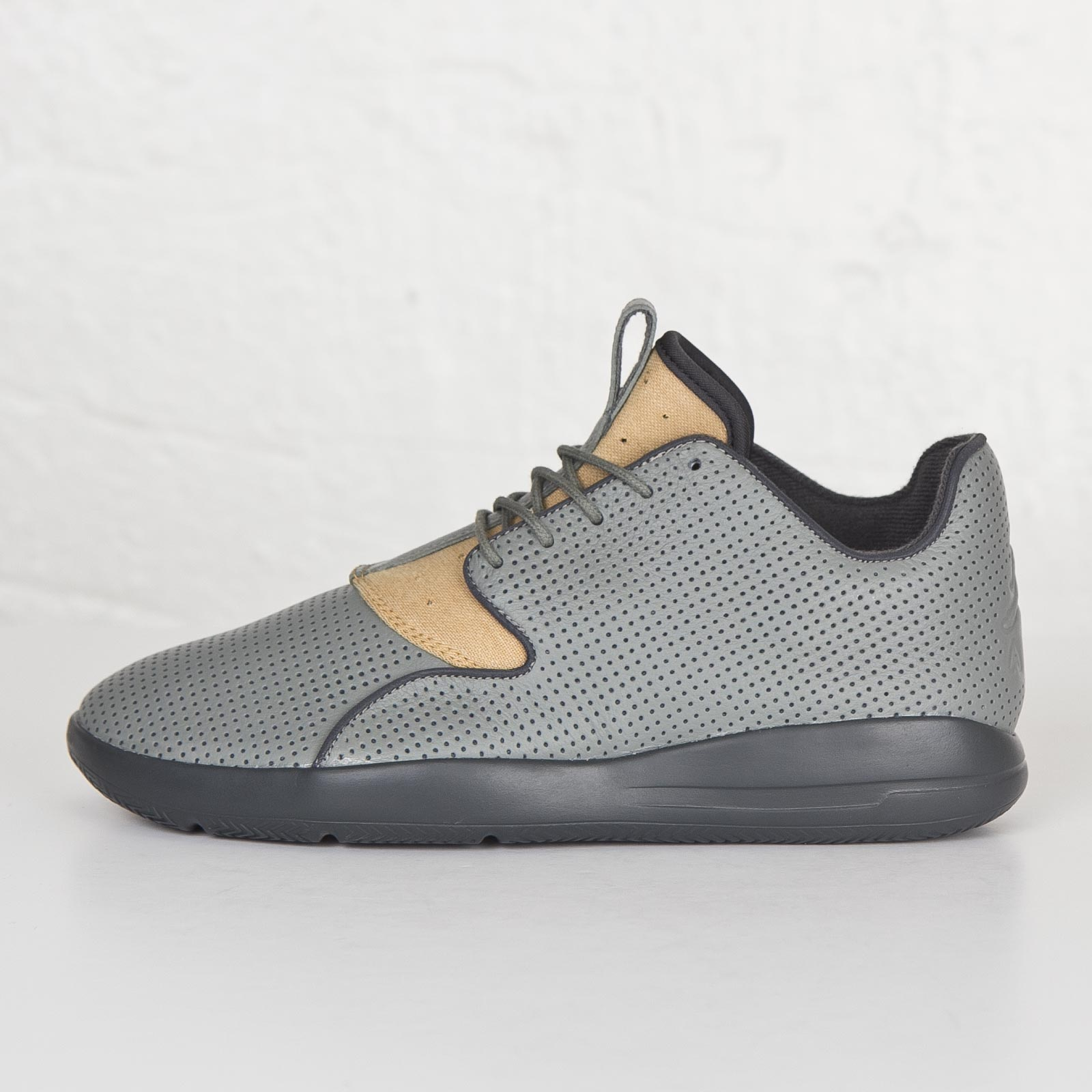 on sale 96b85 68cab Jordan Brand Jordan Eclipse LTR - 807706-034 - Sneakersnstuff   sneakers    streetwear på nätet sen 1999