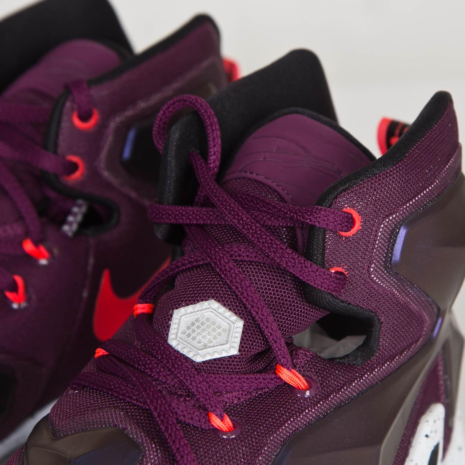9bd6ea676a70 Nike Lebron XIII - 807219-500 - Sneakersnstuff