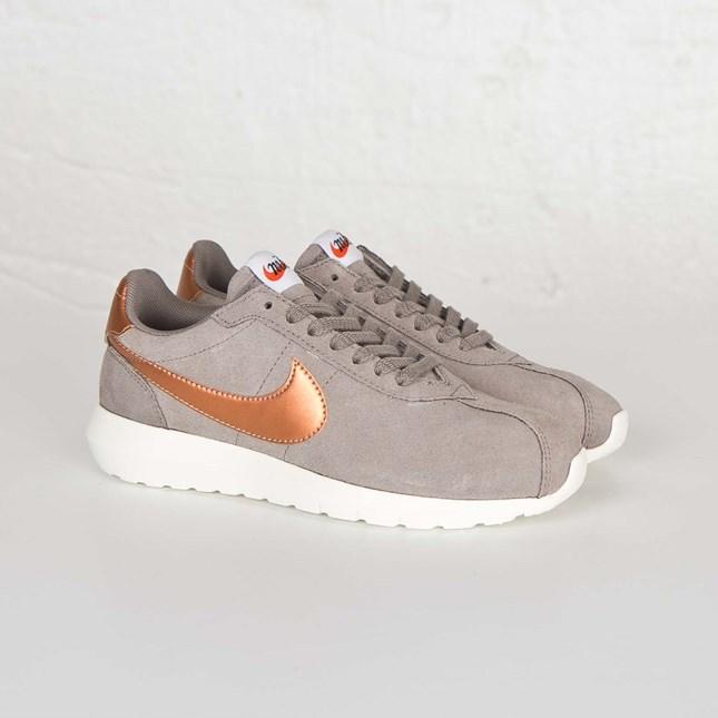 d4055ff0a38f Nike W Roshe LD-1000 - 819843-200 - Sneakersnstuff