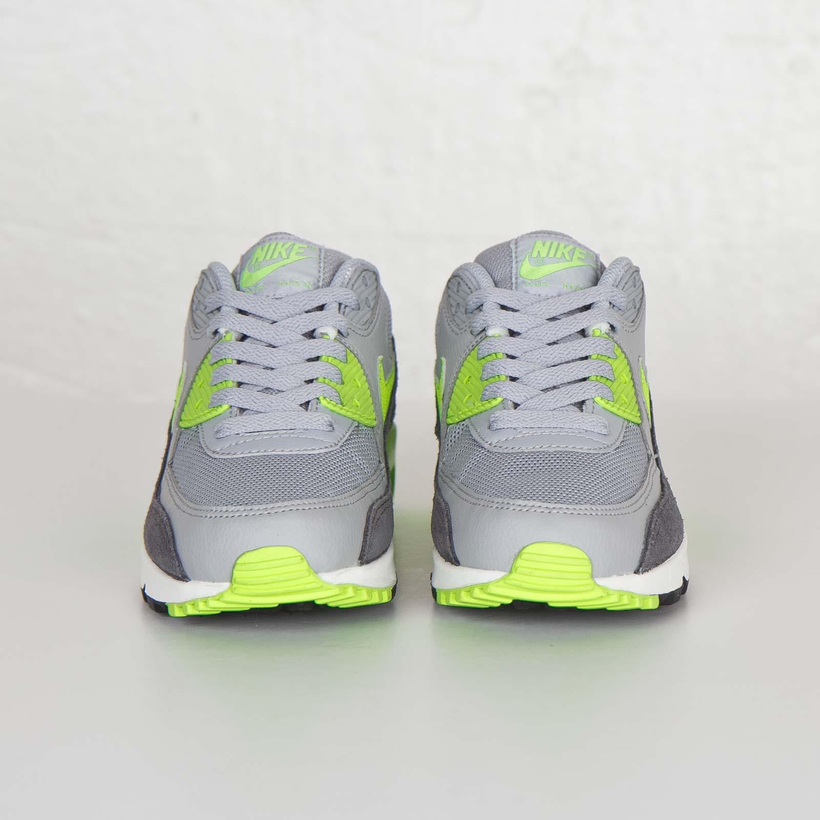 Nike Wmns Air Max 90 Essential 616730 022 Sneakersnstuff