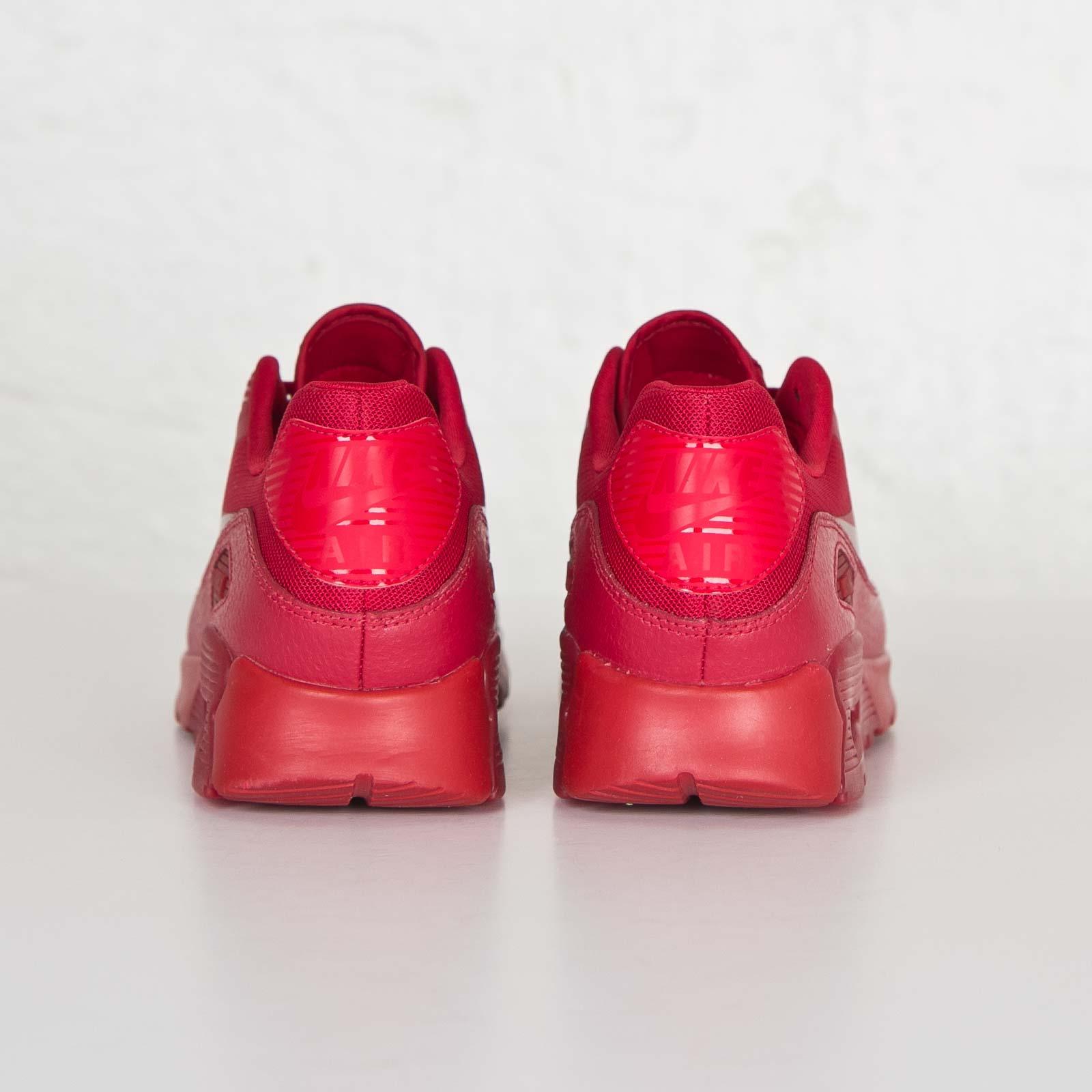 online retailer b7e1b 297b6 Nike W Air Max 90 Ultra Essential - 724981-601 - Sneakersnstuff   sneakers    streetwear online since 1999