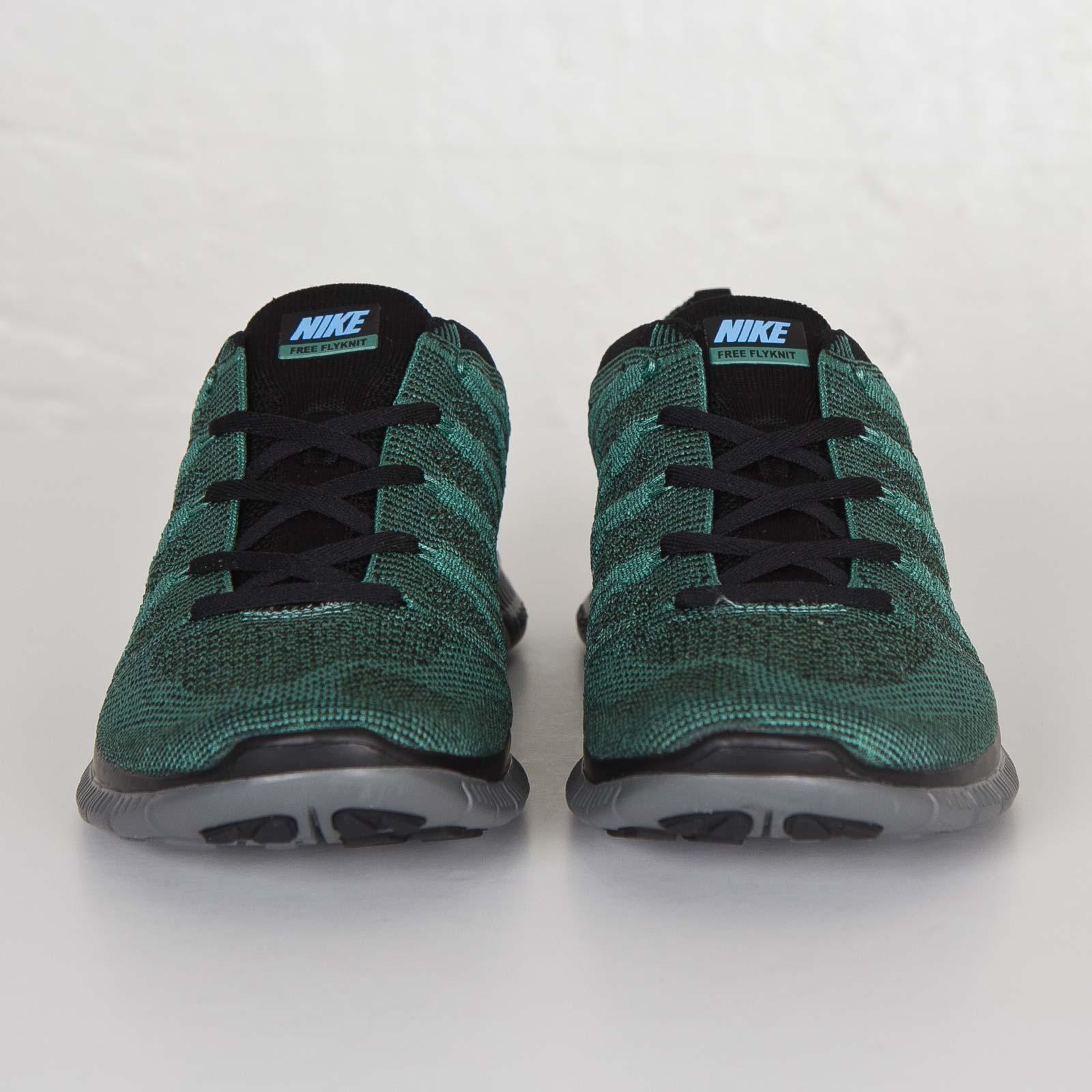 f5531d164a8c Nike Free Flyknit NSW - 599459-303 - Sneakersnstuff