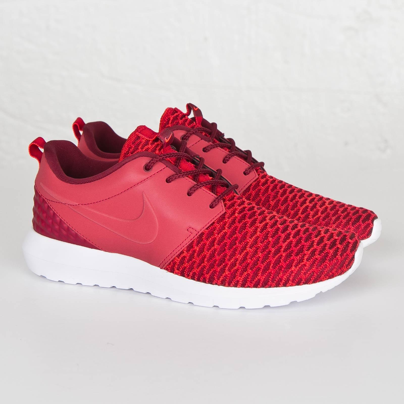 Nike Roshe One Flyknit Premium 746825 600 Sneakersnstuff