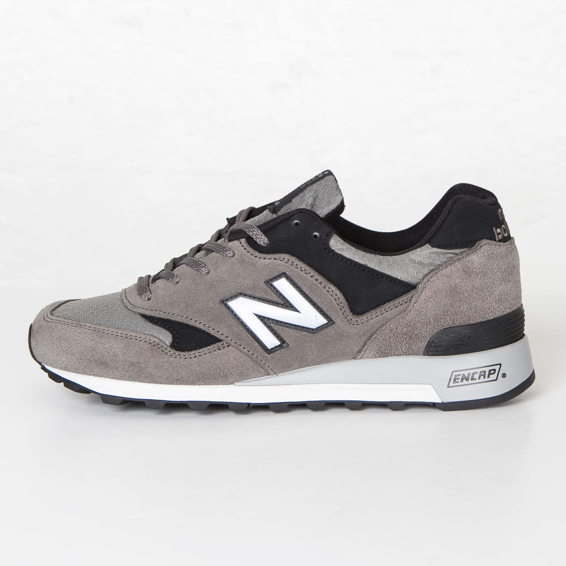 check out fb5cf 38321 New Balance M577 - M577gl - Sneakersnstuff   sneakers   streetwear online  since 1999
