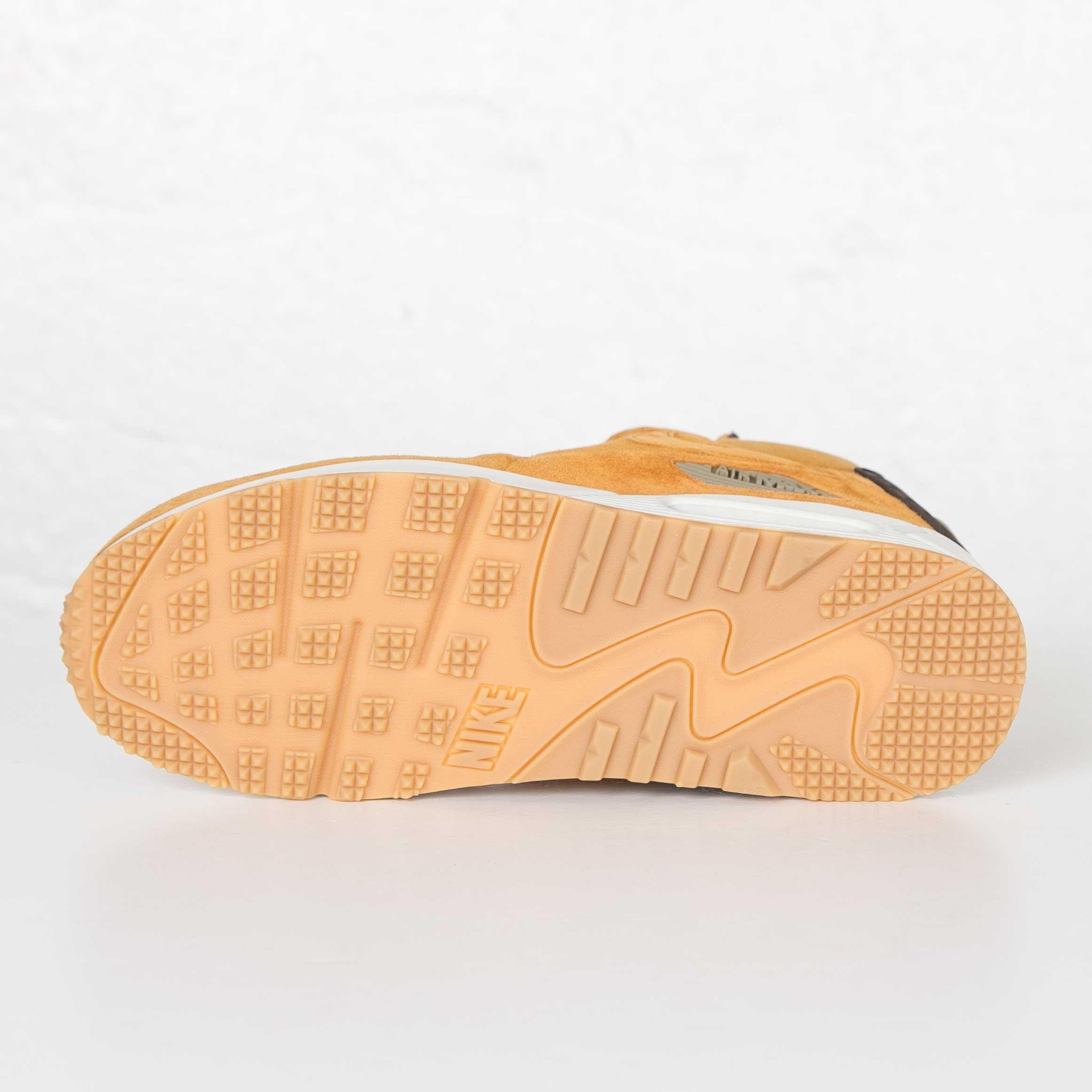 eb8e4ff597 Nike Air Max 90 Sneakerboot Winter - 684714-700 - Sneakersnstuff ...
