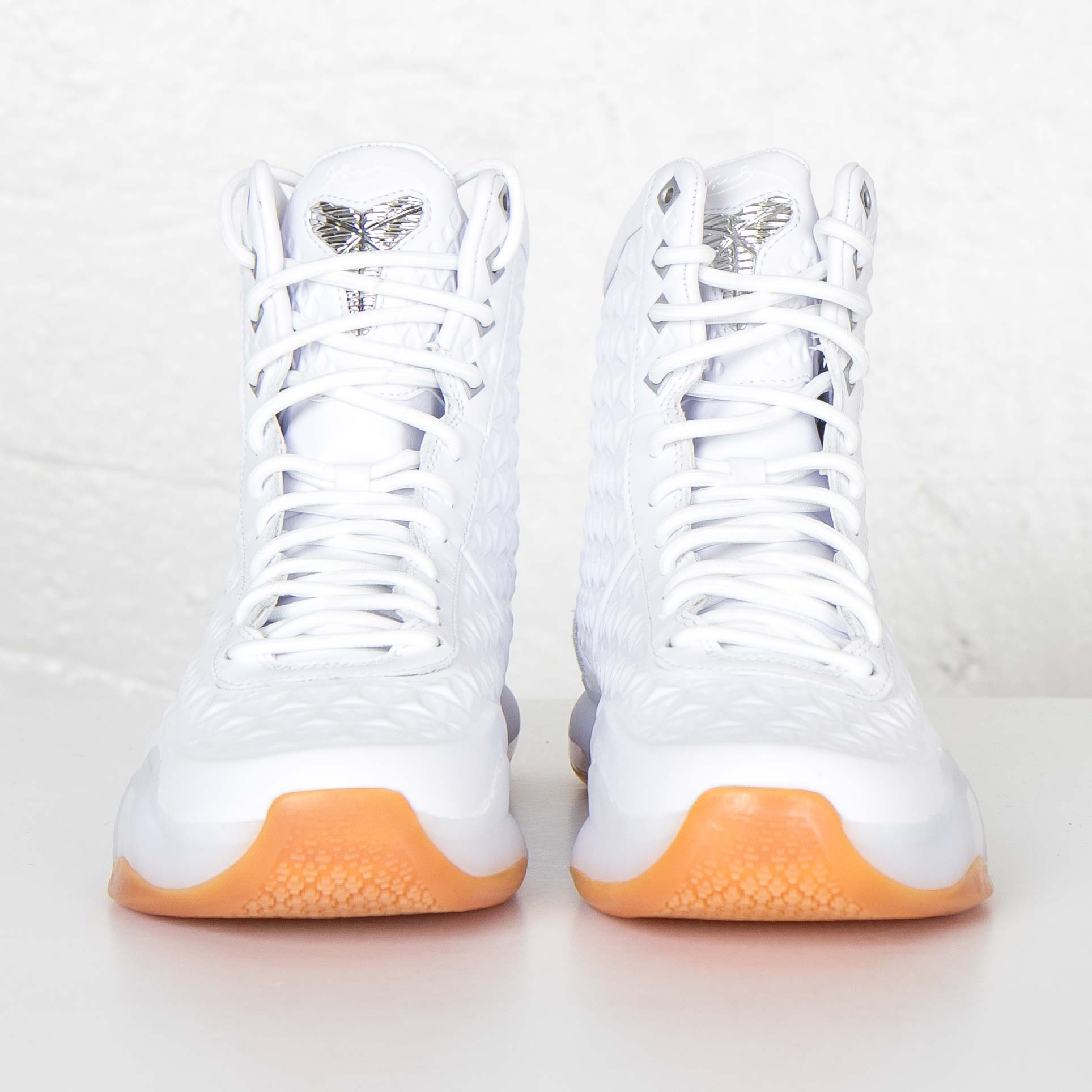 6276ea778074 Nike Kobe X Elite EXT QS - 822950-100 - Sneakersnstuff