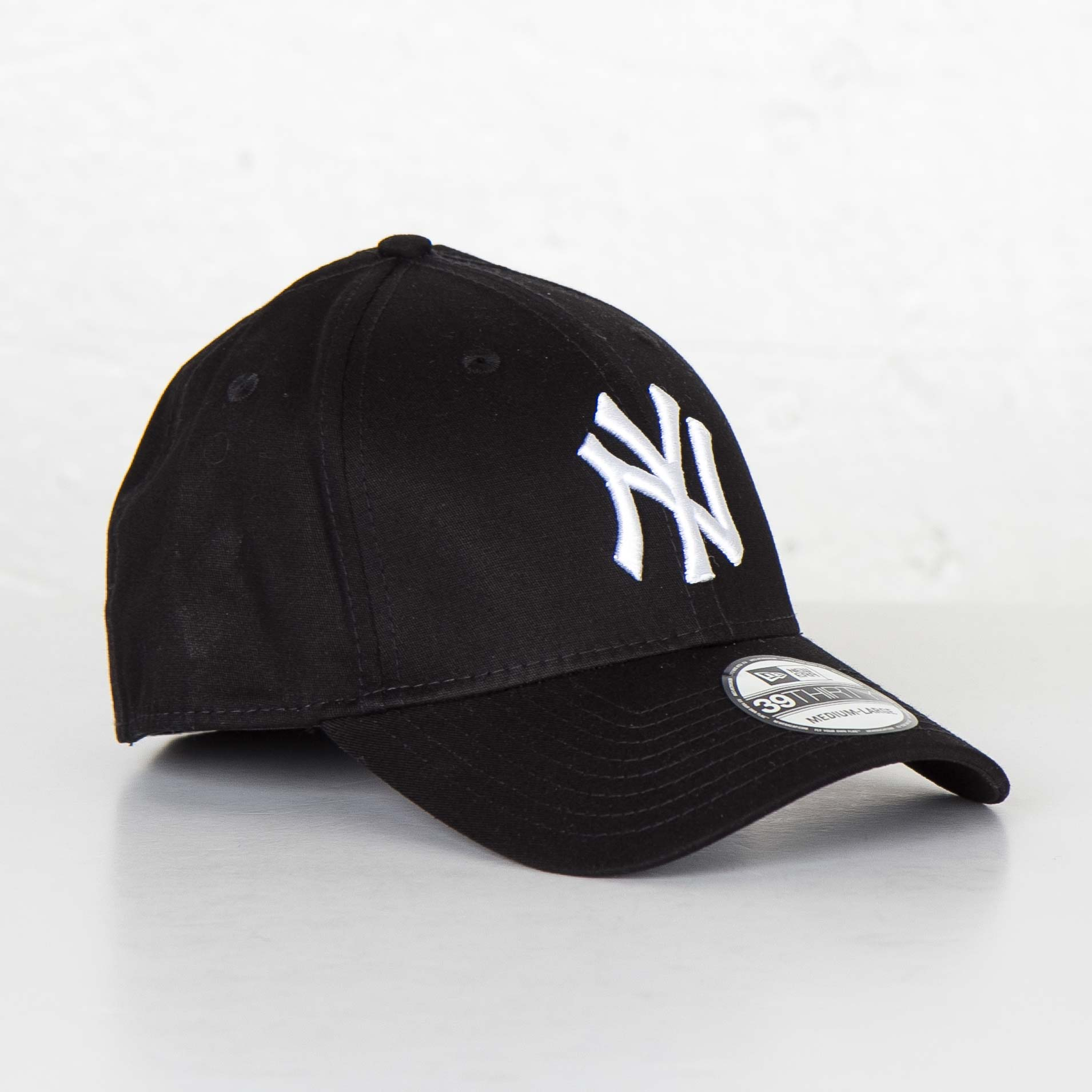 New Era 39Thirty League Basic New York Yankees - 10145638-006 ... 1c22a42ebed