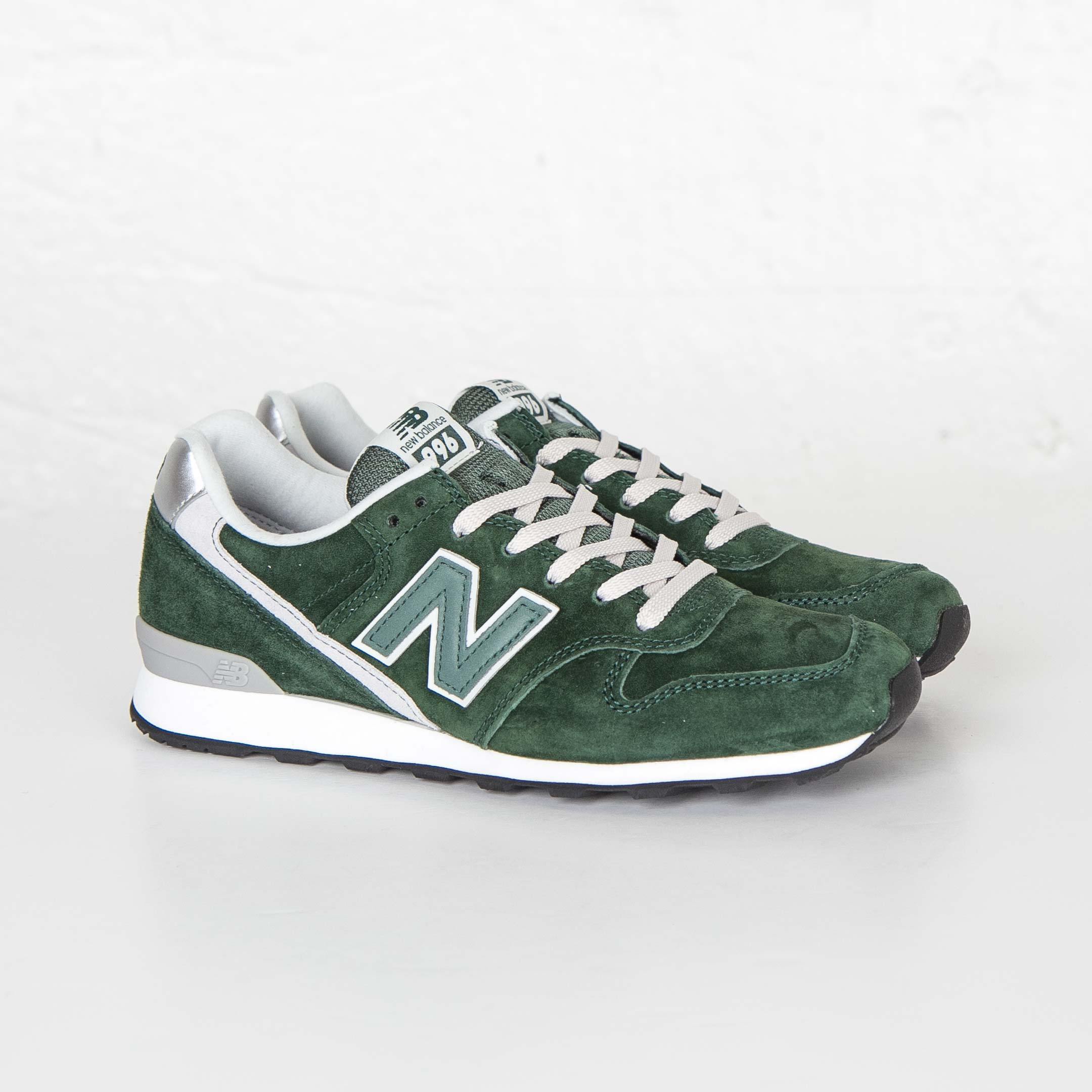 uk availability 4bdd9 c2434 New Balance WR996 - Wr996lc - Sneakersnstuff | sneakers ...
