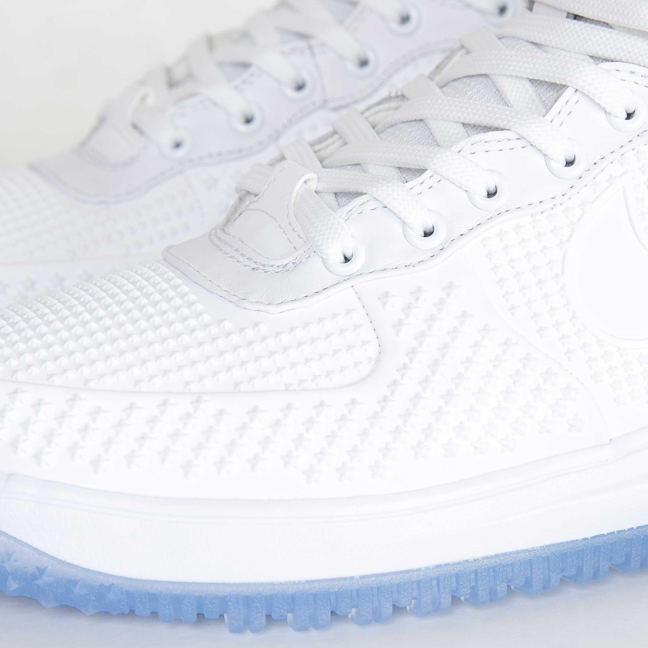 Nike Lunar Force 1 Duckboot Premium - 806402-100 - Sneakersnstuff ... 029847588