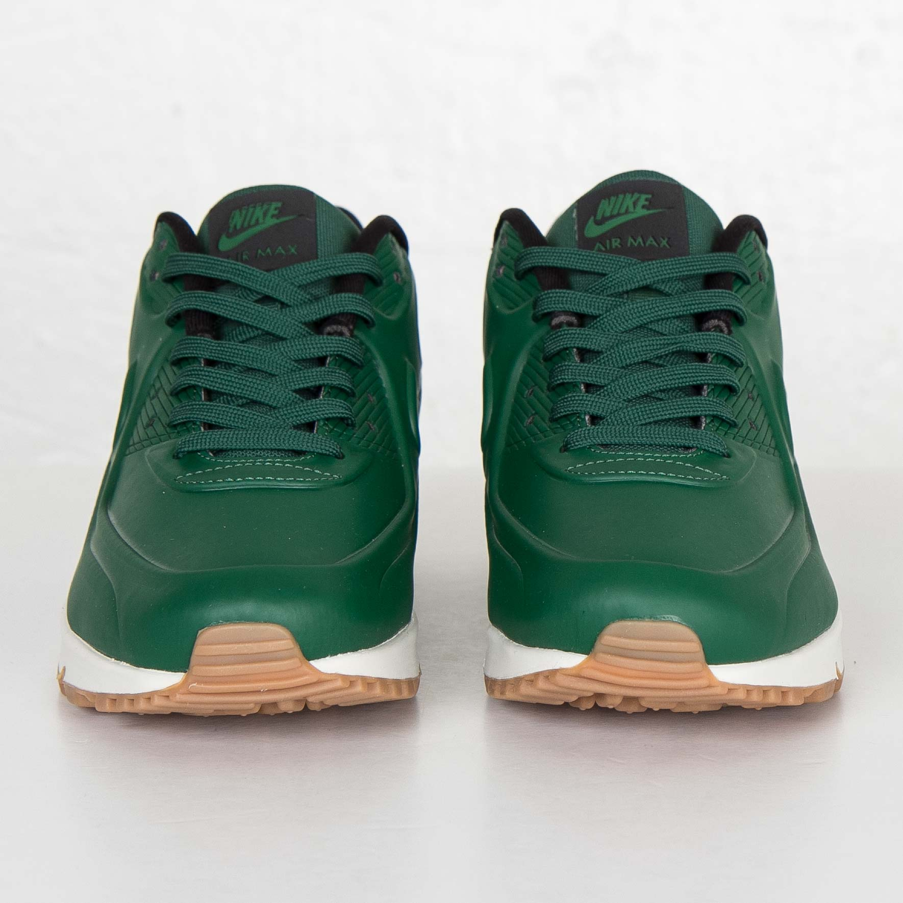 Air Max 90 VT QS Gorge Green Unboxing Video at Exclucity