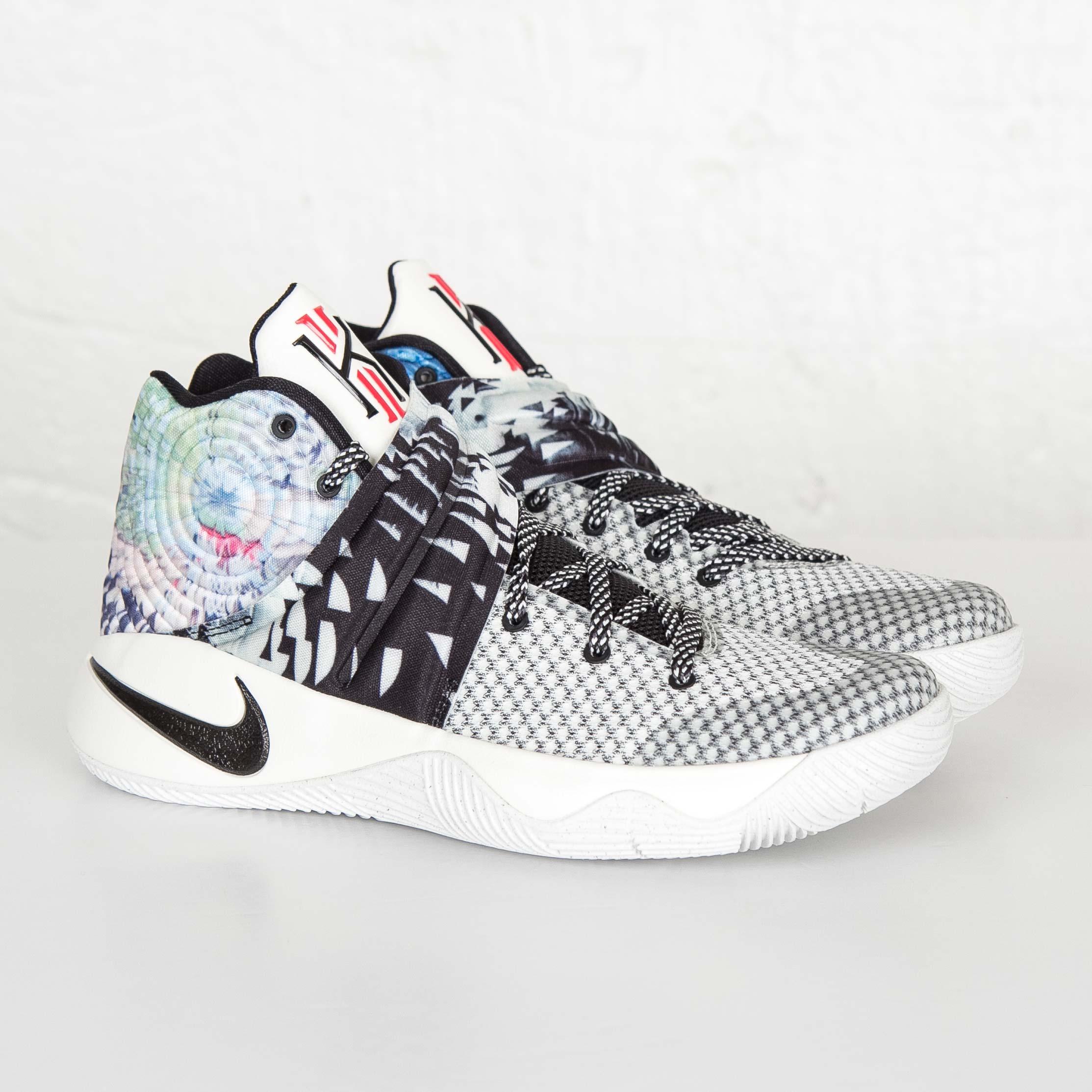 Nike Kyrie 2 - 819583-901 - Sneakersnstuff  1c5480ceb3