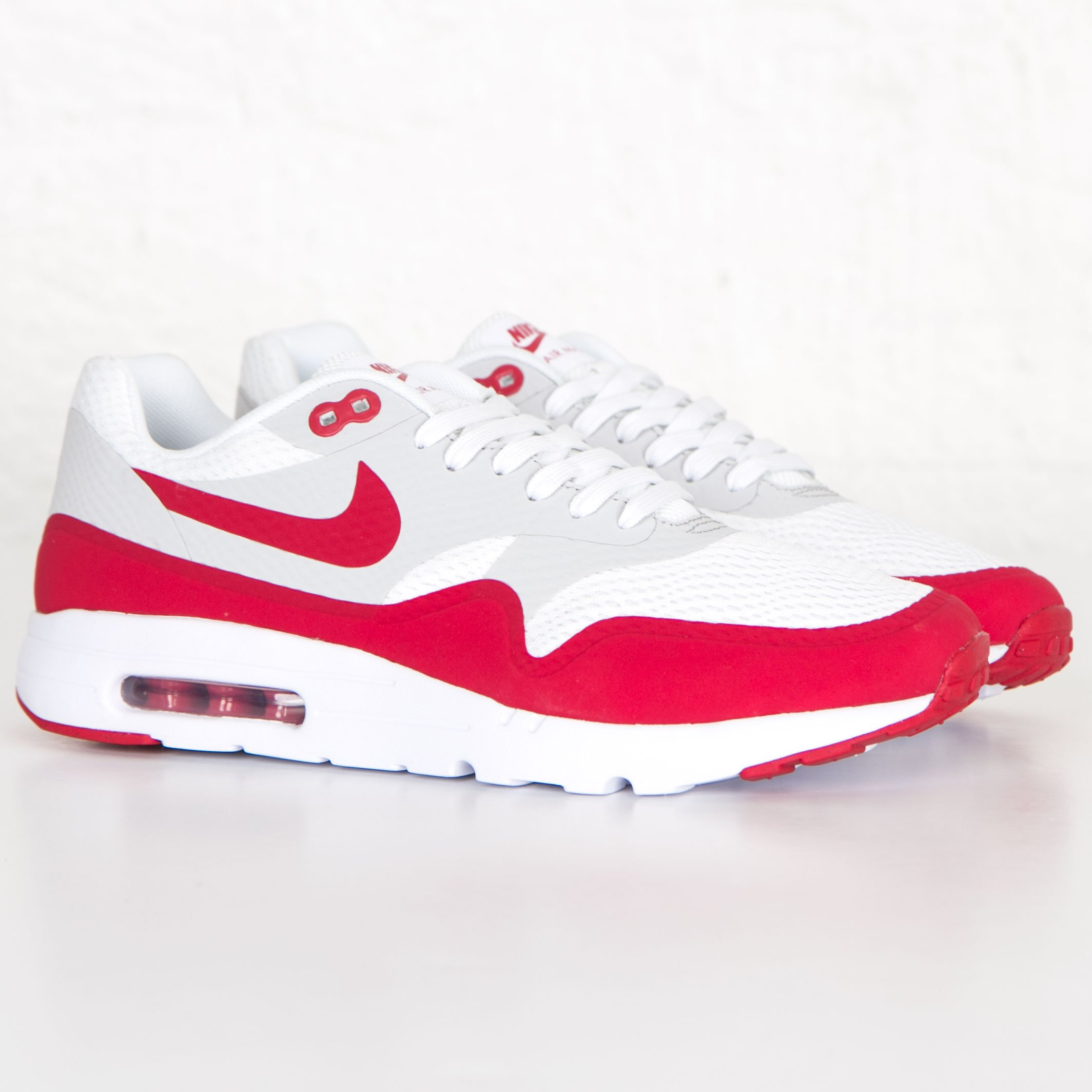 buy popular 3a9e6 1150b Nike Air Max 1 Ultra Essentials