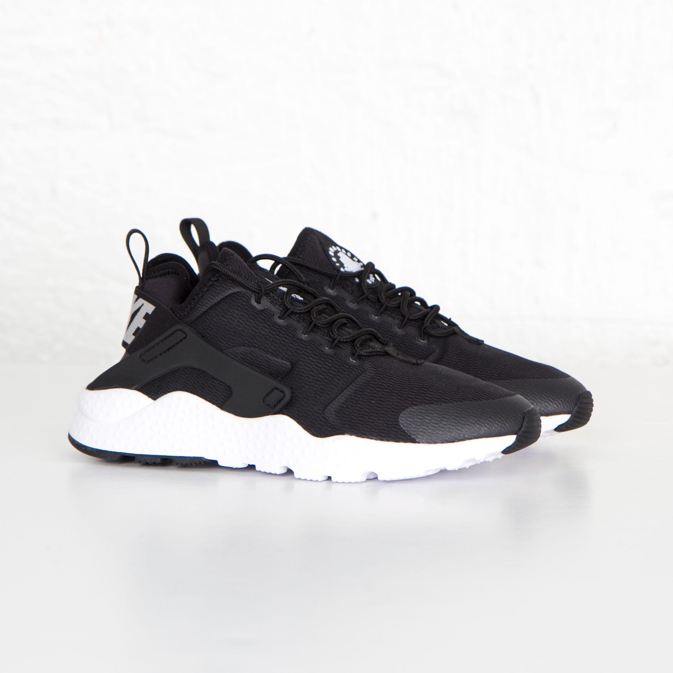 6b2d52af6c Nike W Air Huarache Run Ultra - 819151-001 - Sneakersnstuff ...