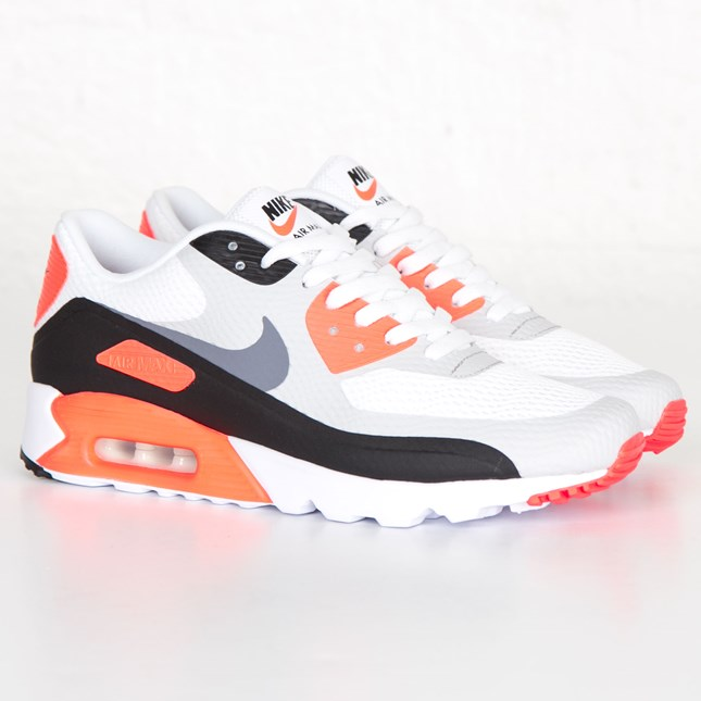 AIR MAX 90 ULTRA ESSENTIAL - FOOTWEAR - Low-tops & sneakers Nike Limited New Fy5qYGMj