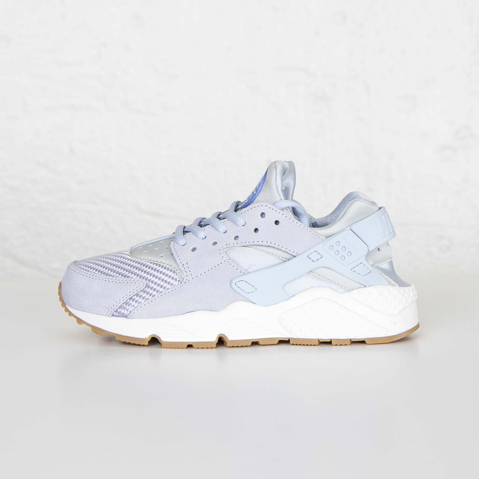 7ff4e2935fdb6 Nike W Air Huarache Run TXT - 818597-400 - Sneakersnstuff
