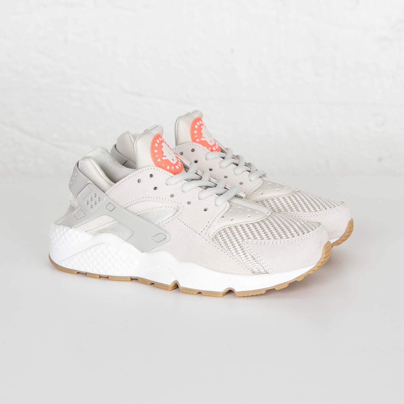 Nike W Air Huarache Run TXT - 818597-001 - Sneakersnstuff  f6eb0b9467