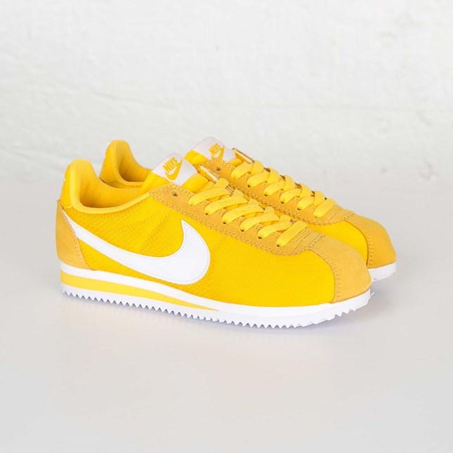43860224ede8 Nike Classic Cortez Nylon - 749864-717 - Sneakersnstuff