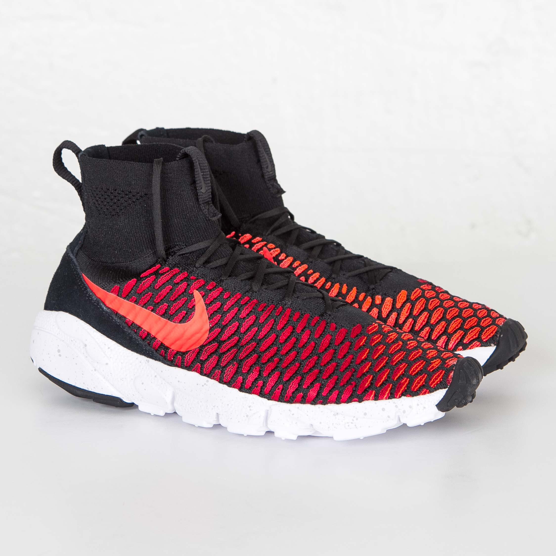 best sneakers e58c0 d32b3 Nike Air Footscape Magista Flyknit