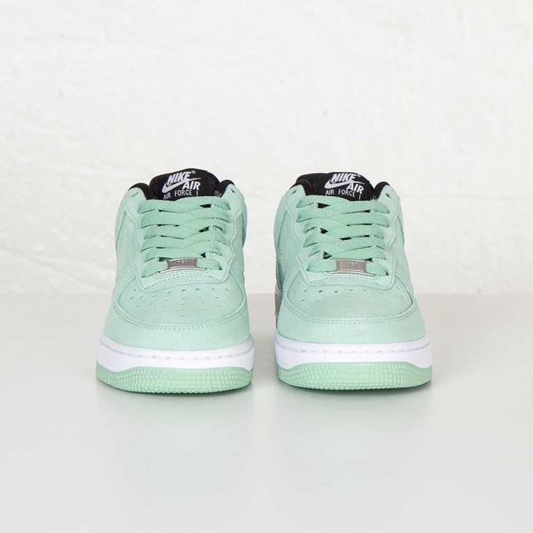 Nike W Air Force 1 07 Seasonal - 2