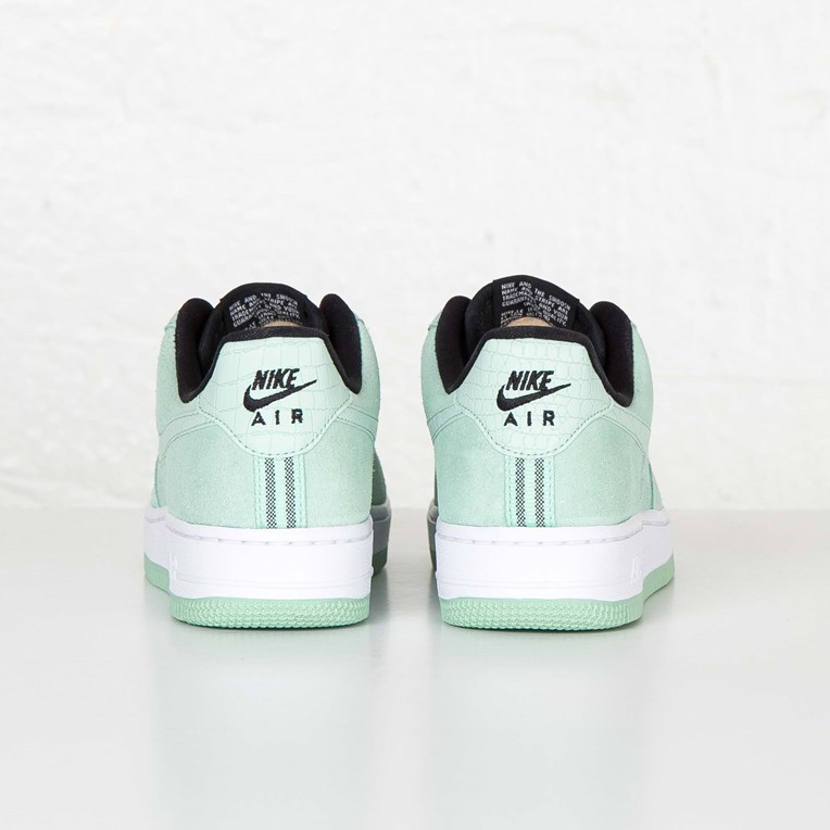 Nike W Air Force 1 07 Seasonal - 3
