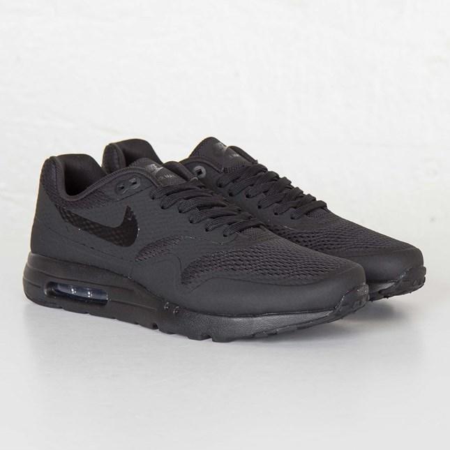Nike Air Max 1 Ultra Essential 819476 001 Sneakersnstuff Sneakers Streetwear Online Since 1999