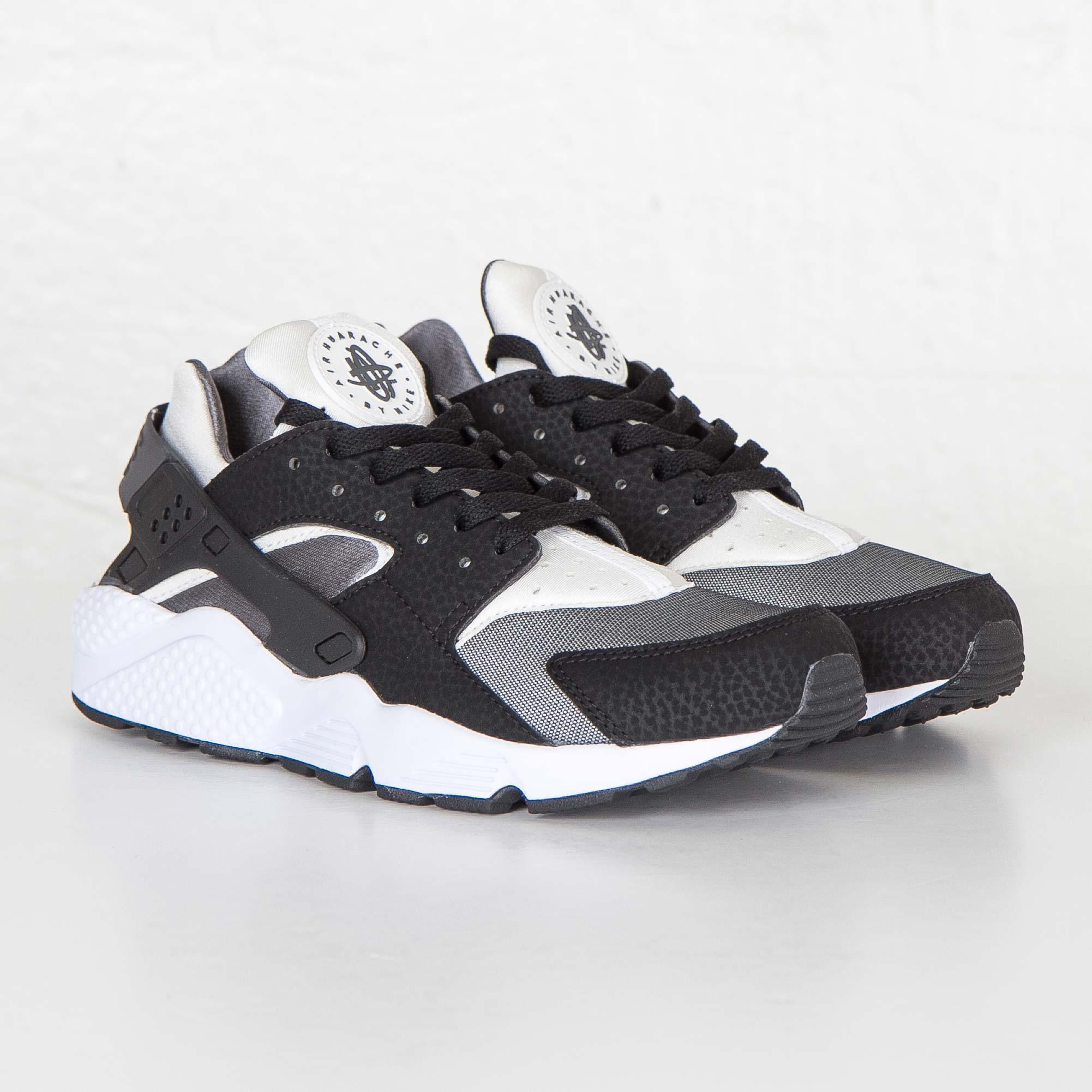 645e2240af86 Nike Air Huarache Run - 318429-012 - Sneakersnstuff