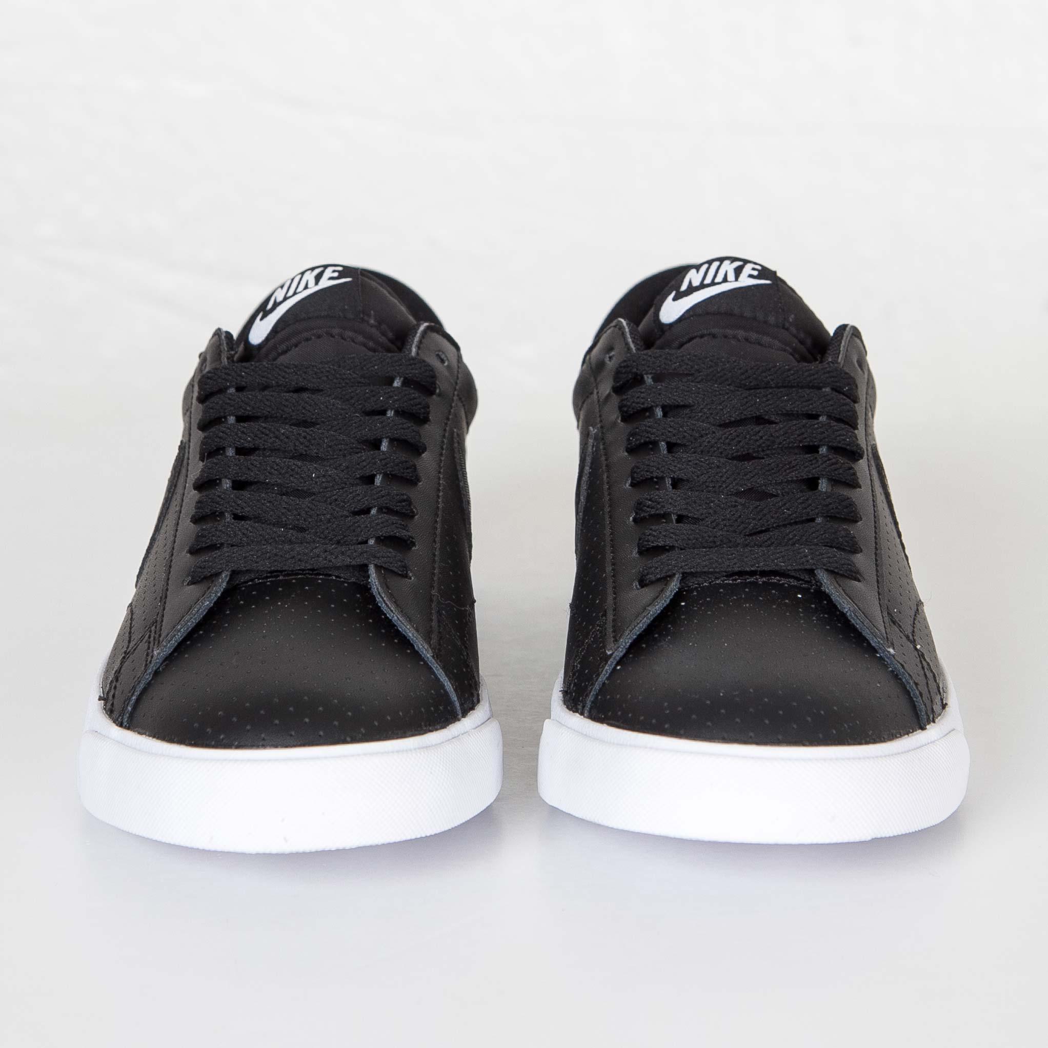 best service dd037 cba76 Nike Tennis Classic AC ND - 377812-038 - Sneakersnstuff   sneakers    streetwear online since 1999