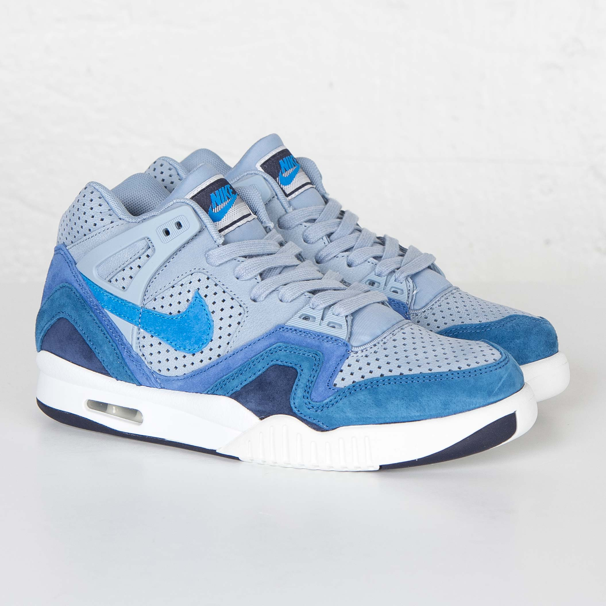 020ccb4a9fb Nike Air Tech Challenge II QS - 667444-404 - Sneakersnstuff ...