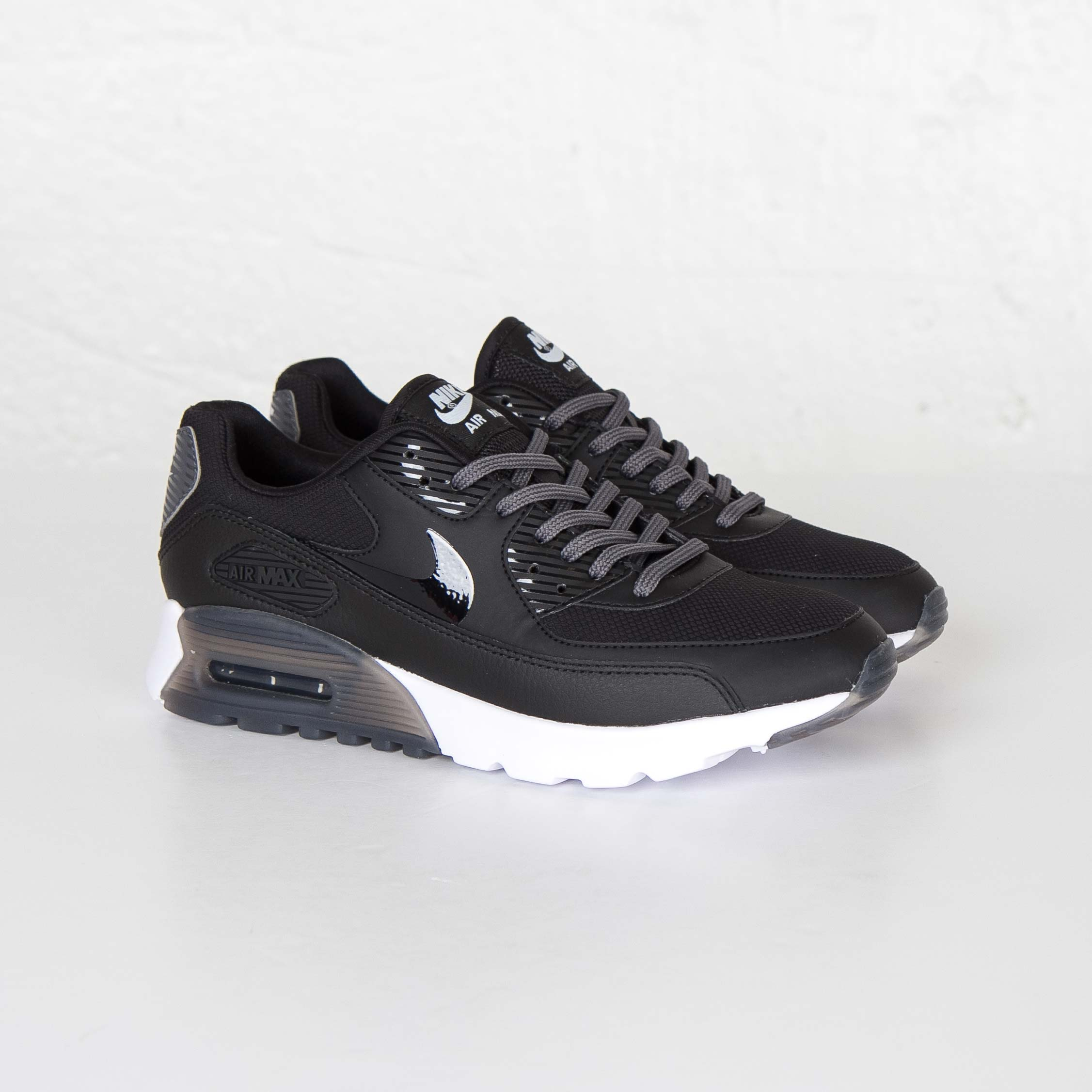 6ce7166d38 Nike Air Max 90 Ultra Essential - 724981-007 - Sneakersnstuff ...
